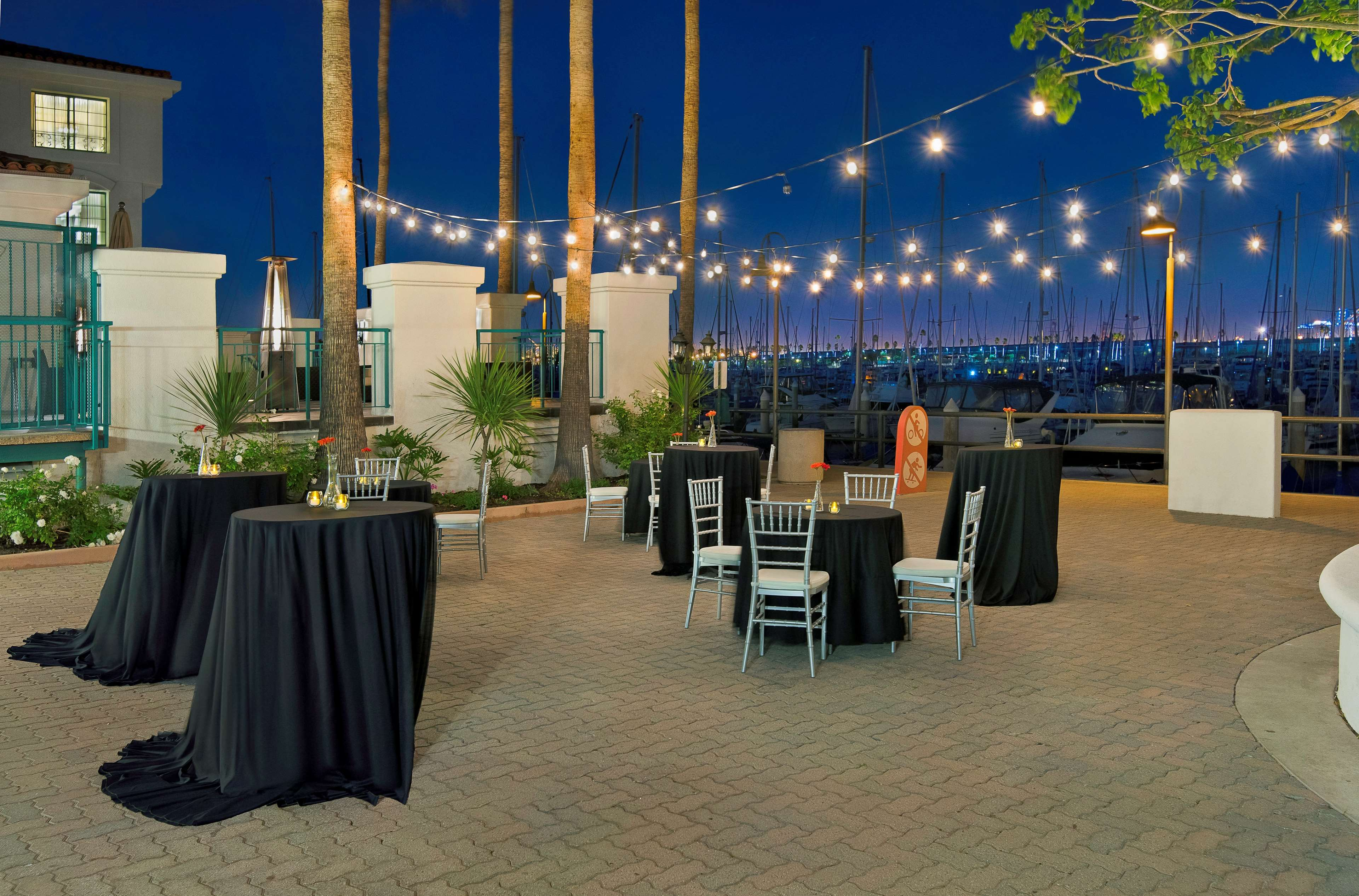 DoubleTree by Hilton Hotel San Pedro - Port of Los Angeles image 28