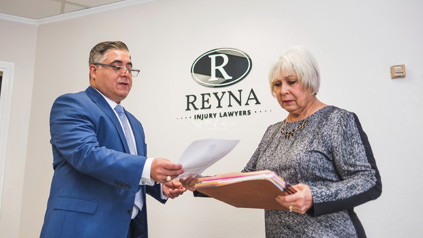 Reyna Injury Lawyers image 3