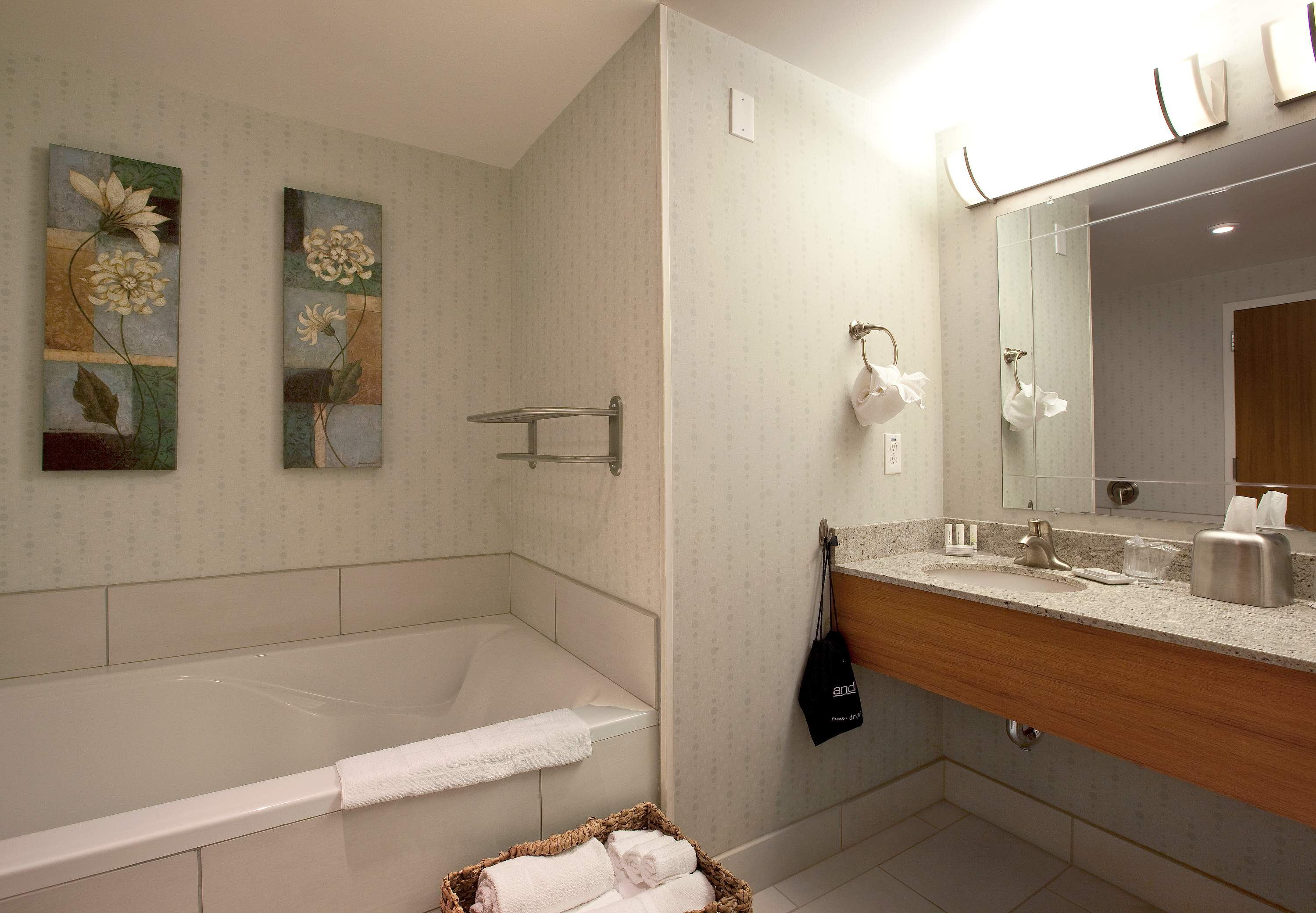 SpringHill Suites by Marriott Athens West image 2
