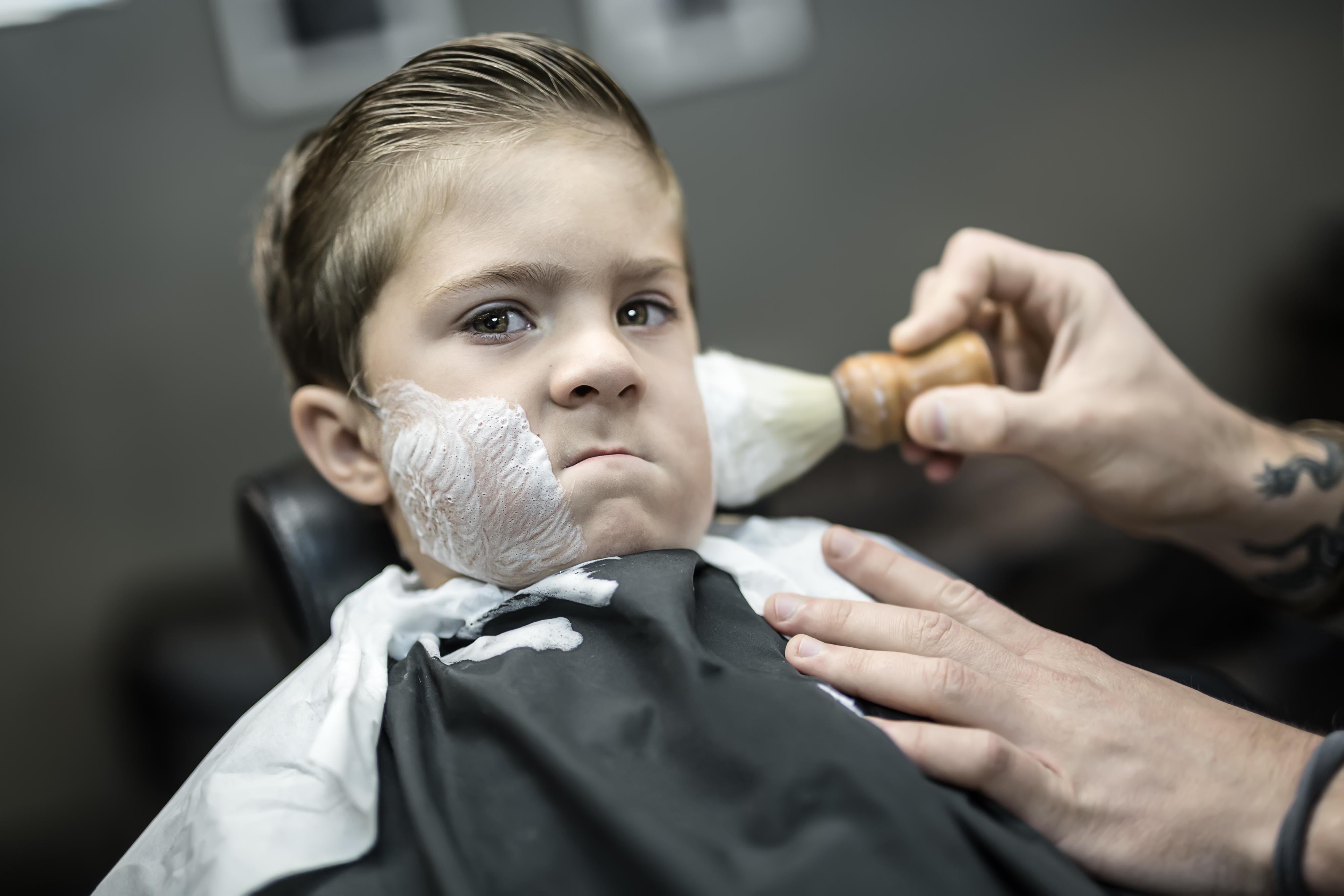 Damon's W6 Barber & Beauty Shop image 0