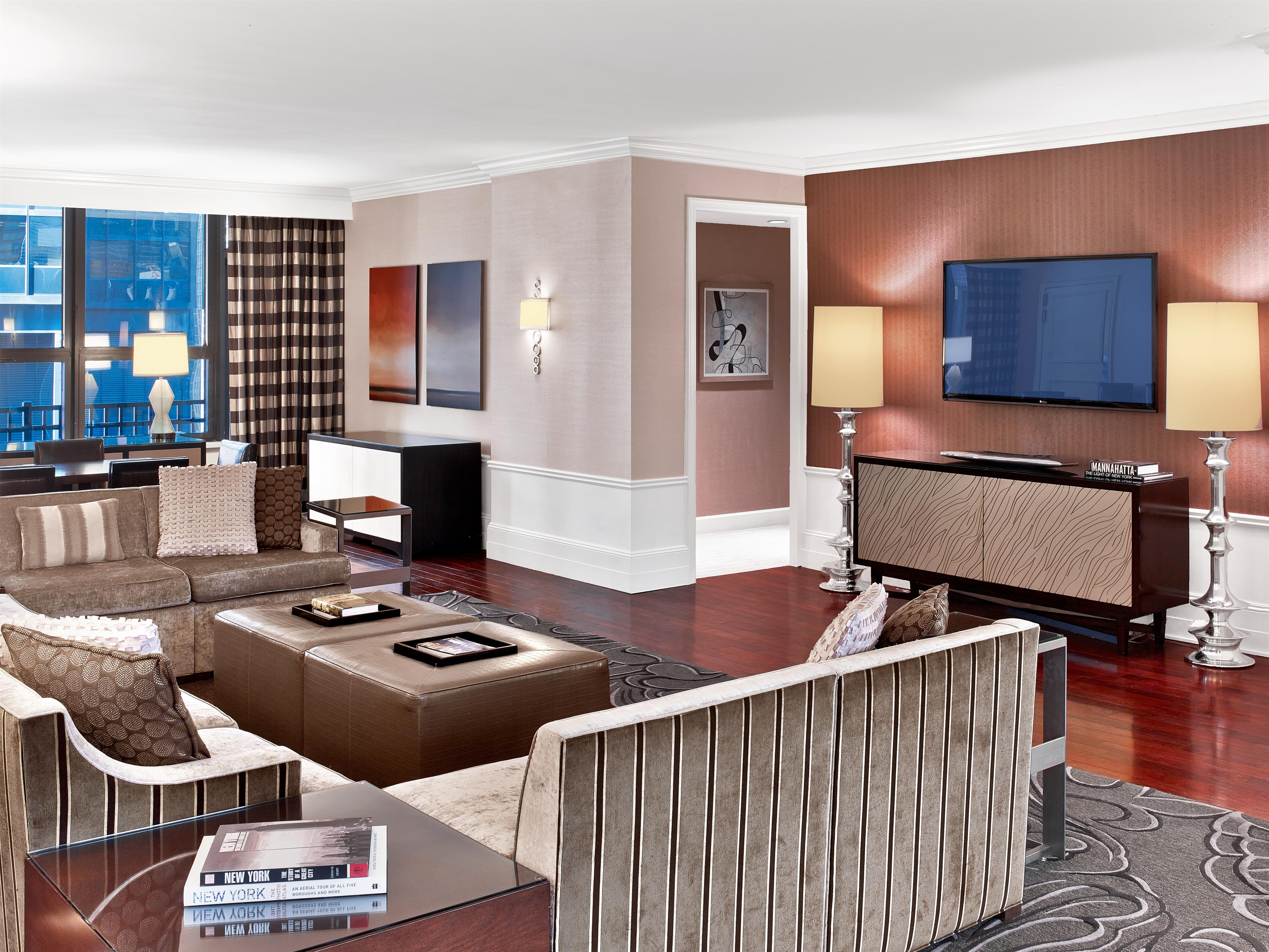 Sheraton New York Times Square Hotel image 43