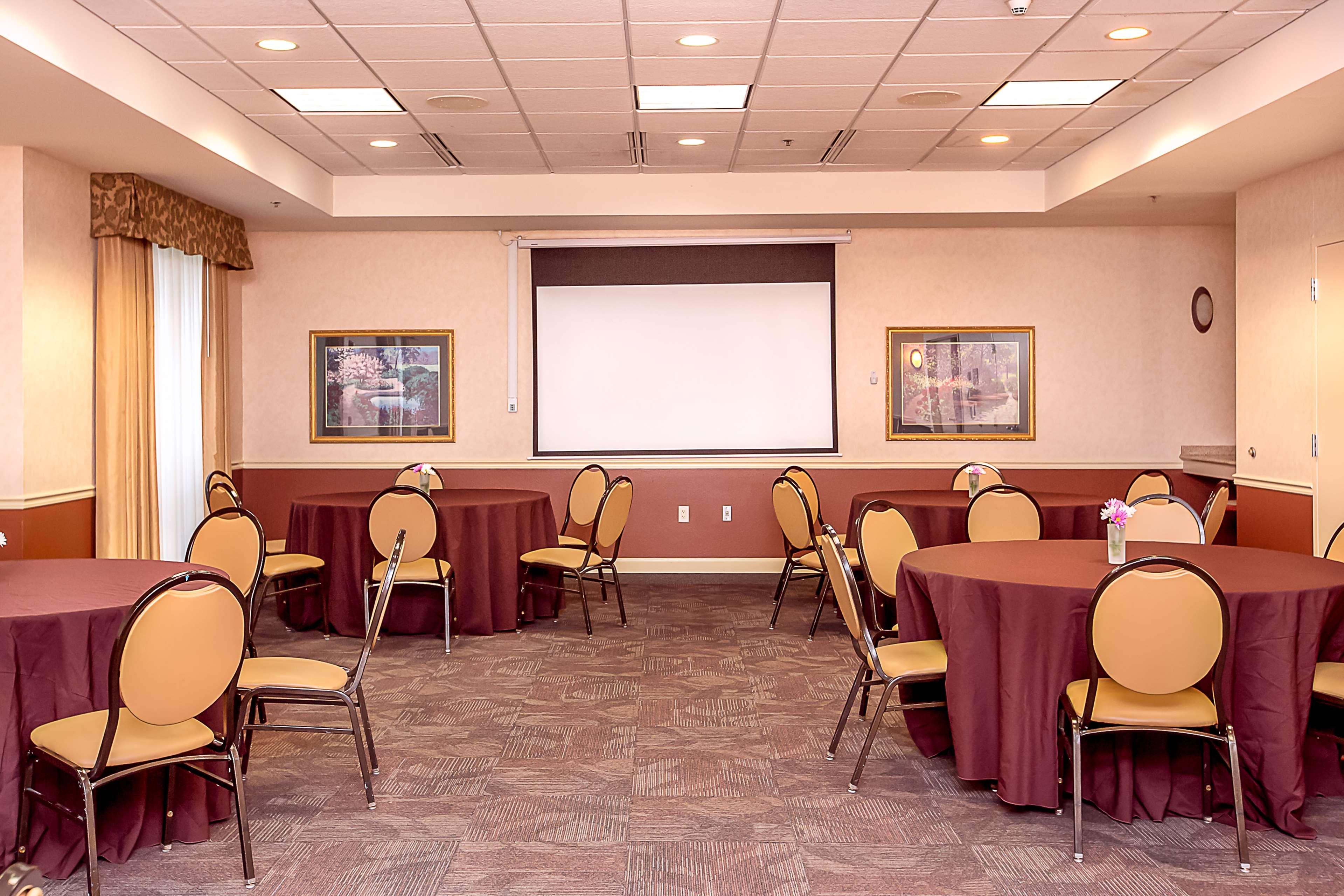 Hilton Garden Inn Appleton/Kimberly image 19