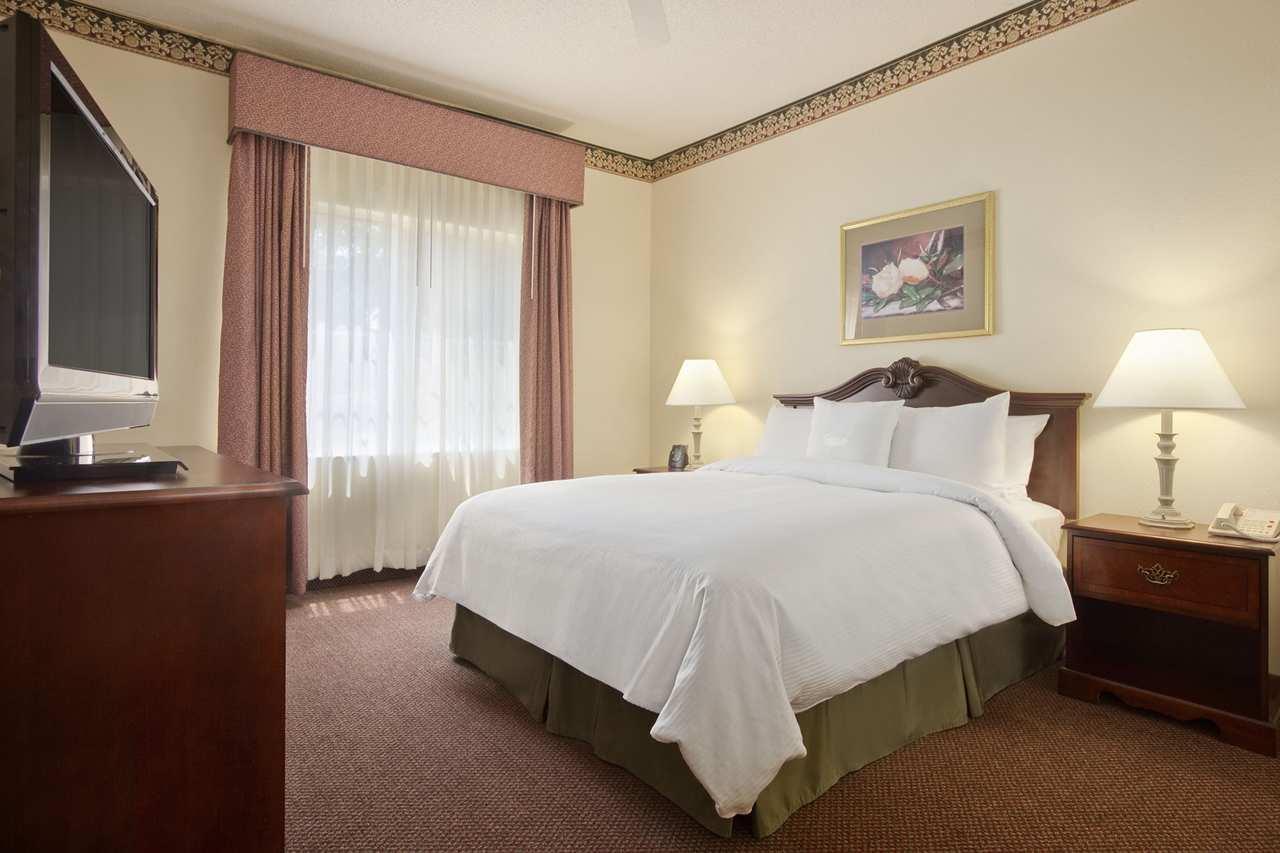 Homewood Suites by Hilton Charleston - Mt. Pleasant image 8