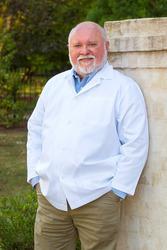 Dr. Herb Blumenthal of Southern Dental Implant Center | Cordova, TN, , Dentist
