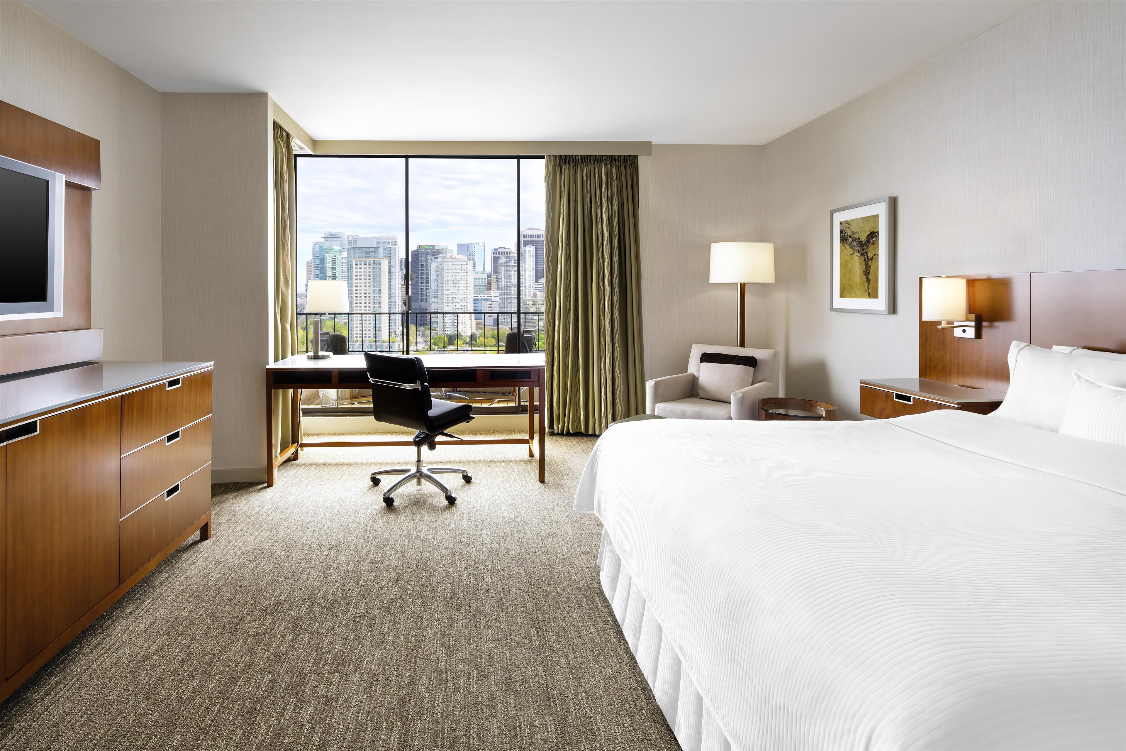 The Westin Bayshore, Vancouver in Vancouver: Howard Hughes Suite Bedroom