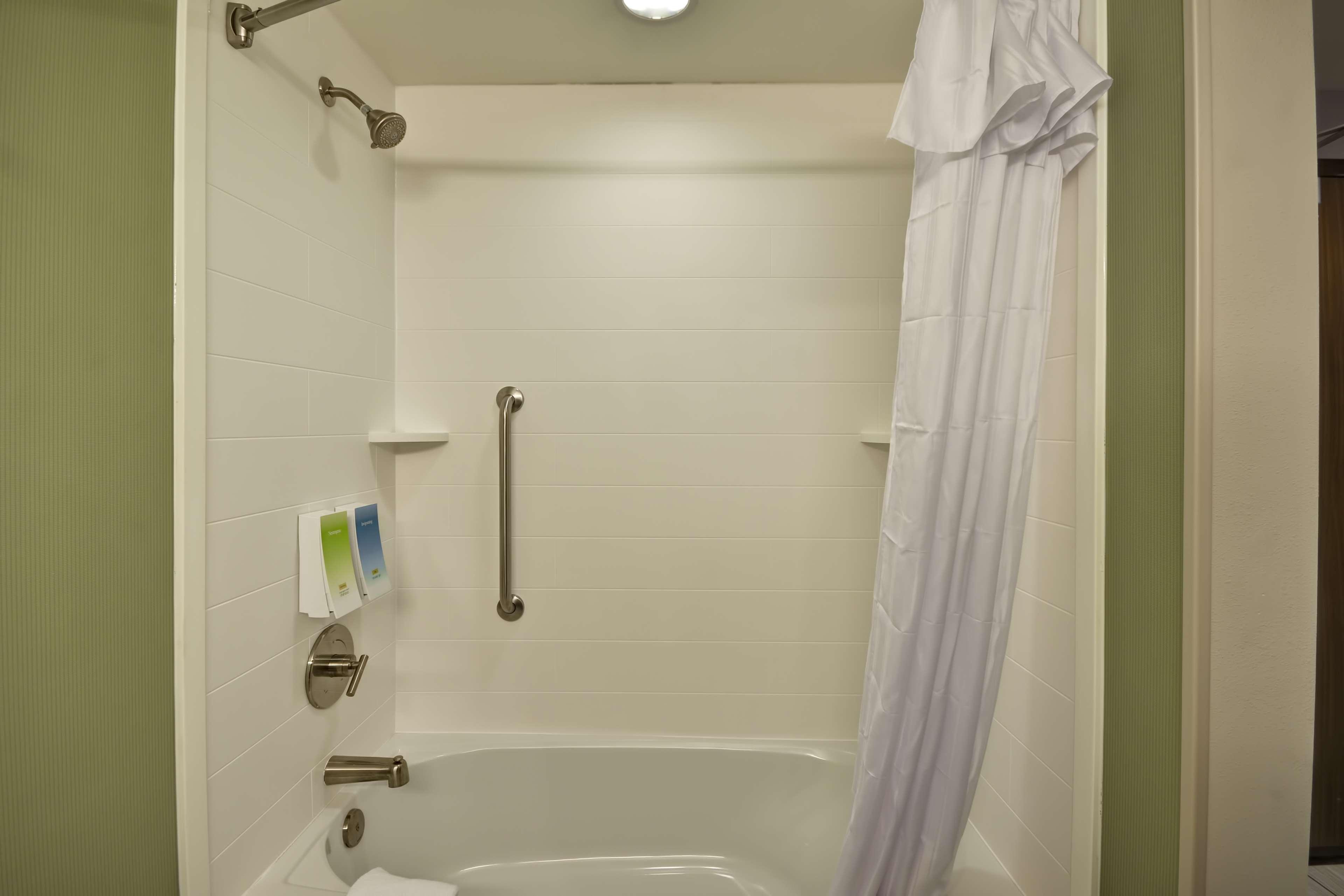 Home2 Suites by Hilton  St. Simons Island image 42