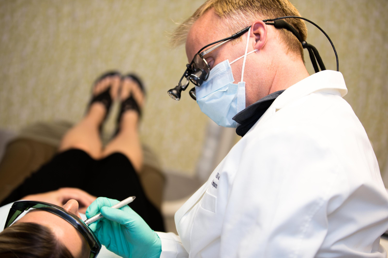 Council Oak Perio: Dental Implants & Periodontics