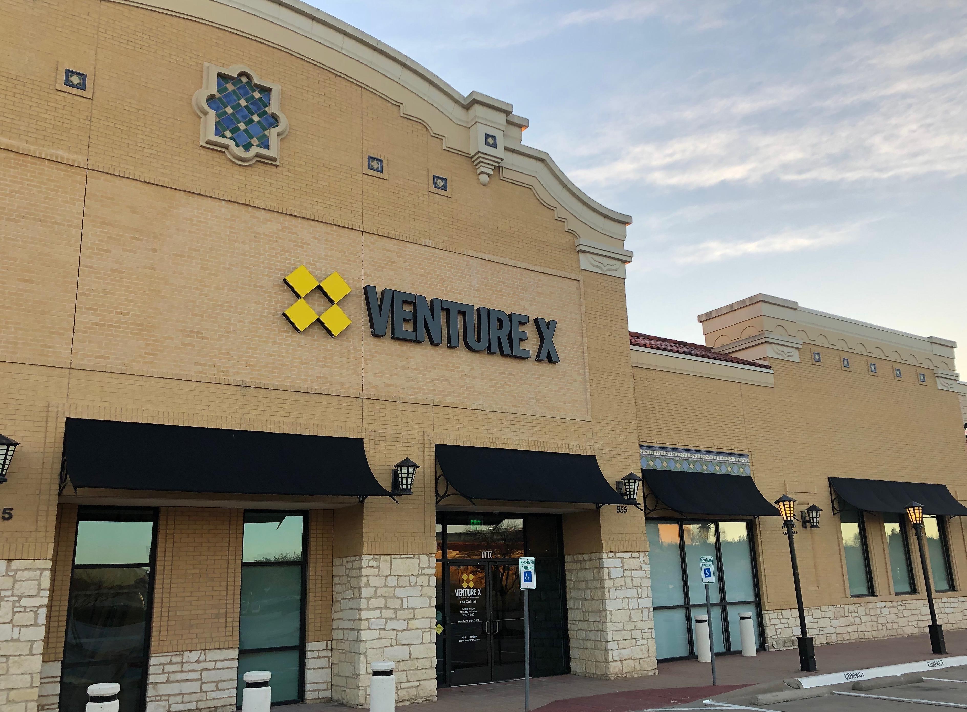 Venture X Las Colinas image 4
