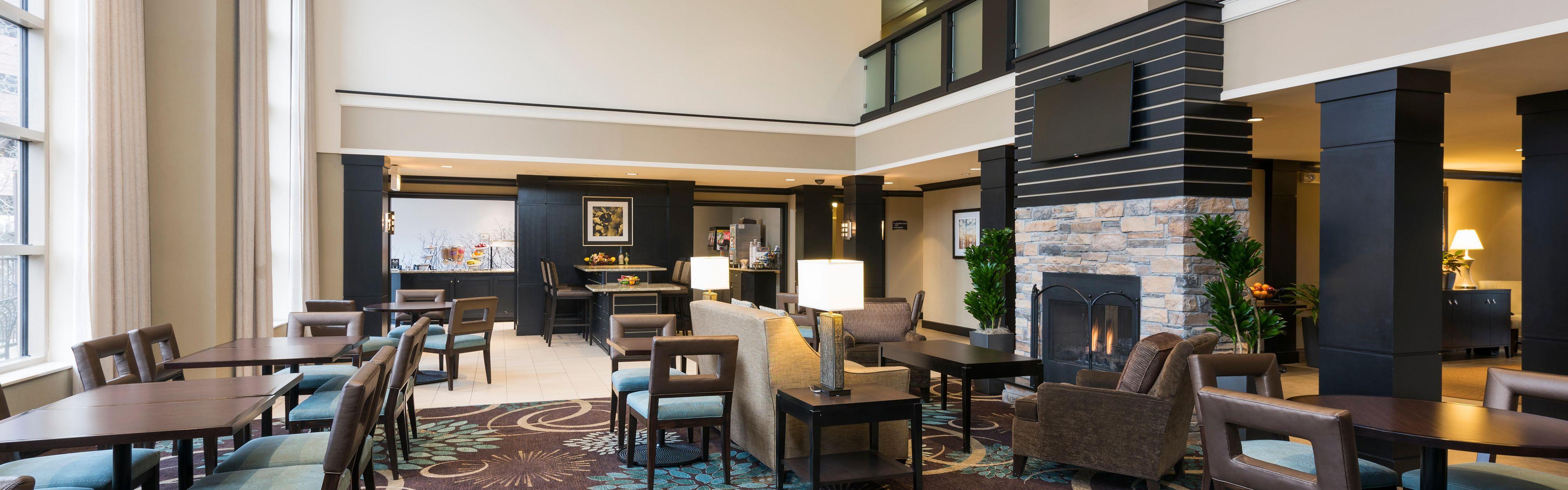 Staybridge Suites Chicago-Oakbrook Terrace image 3