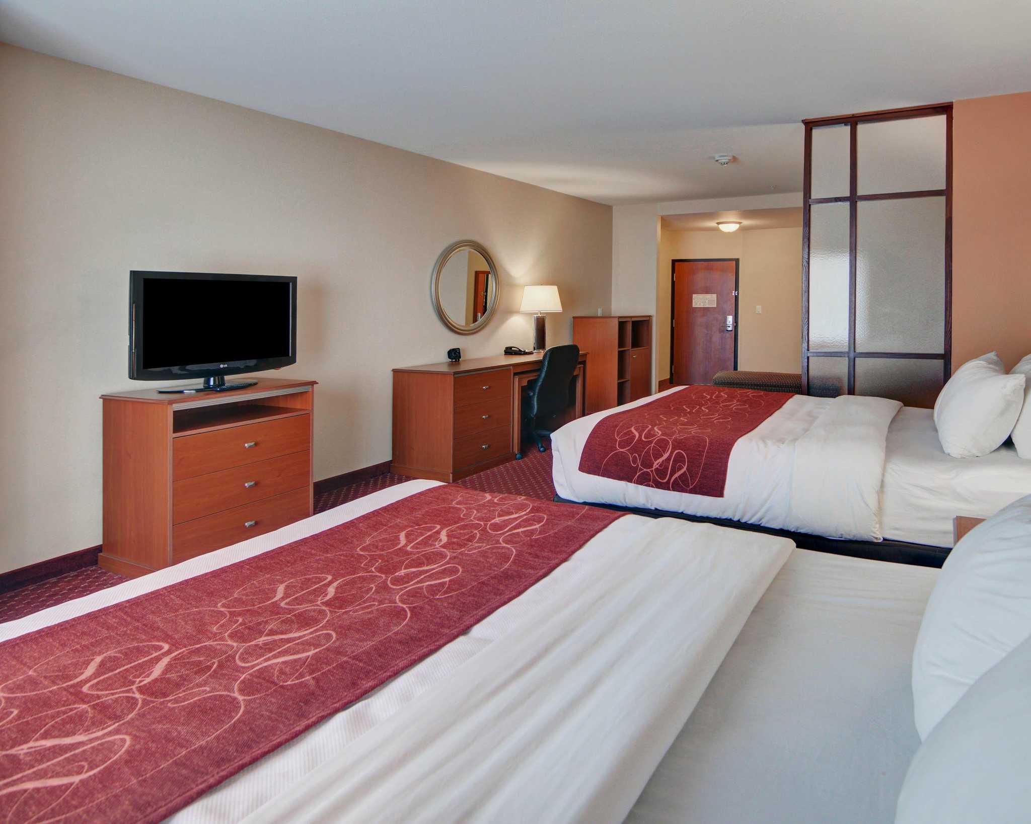 Comfort Suites Near Cedar Creek Lake image 30