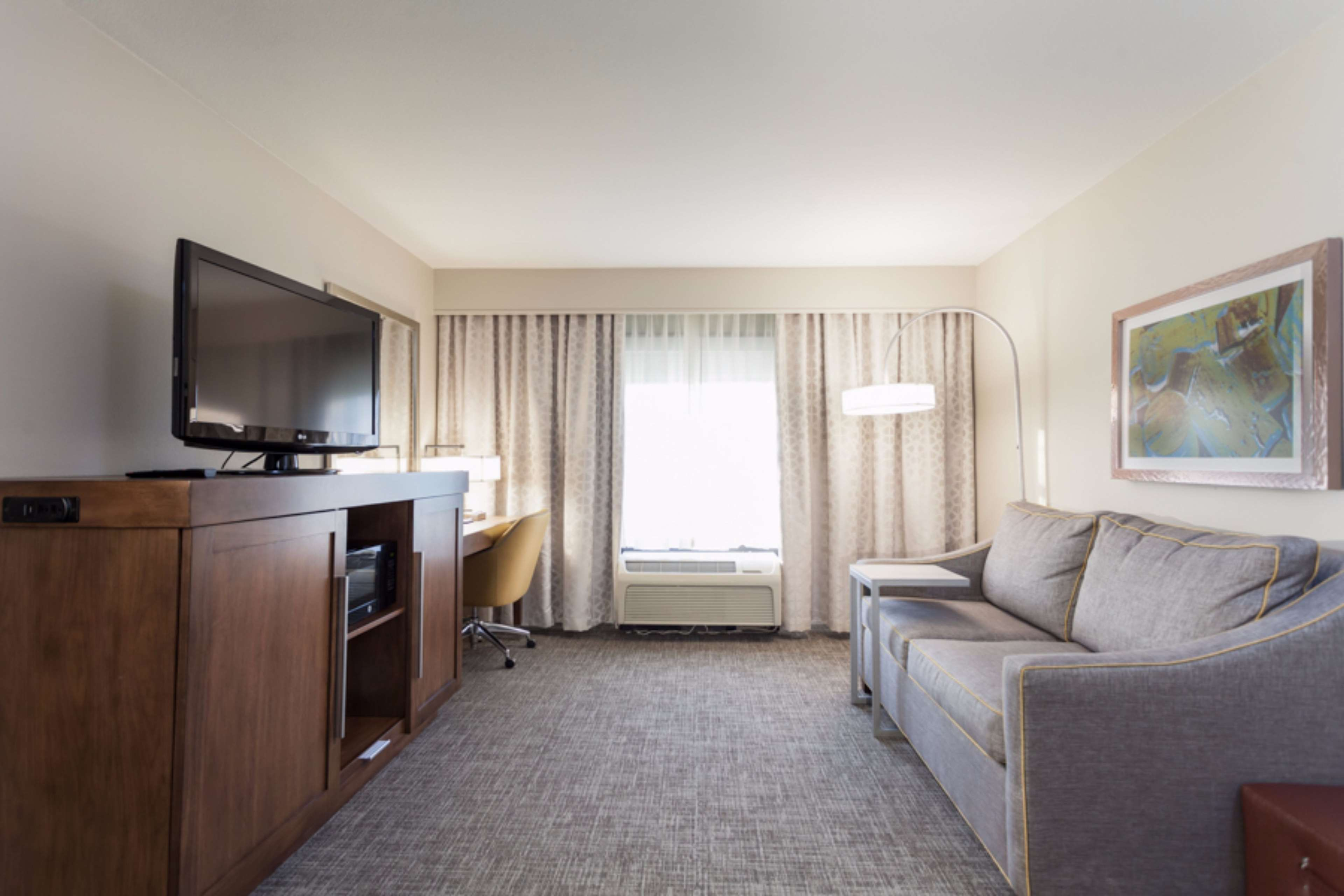 Hampton Inn & Suites Dallas-DFW Airport North-Grapevine image 14