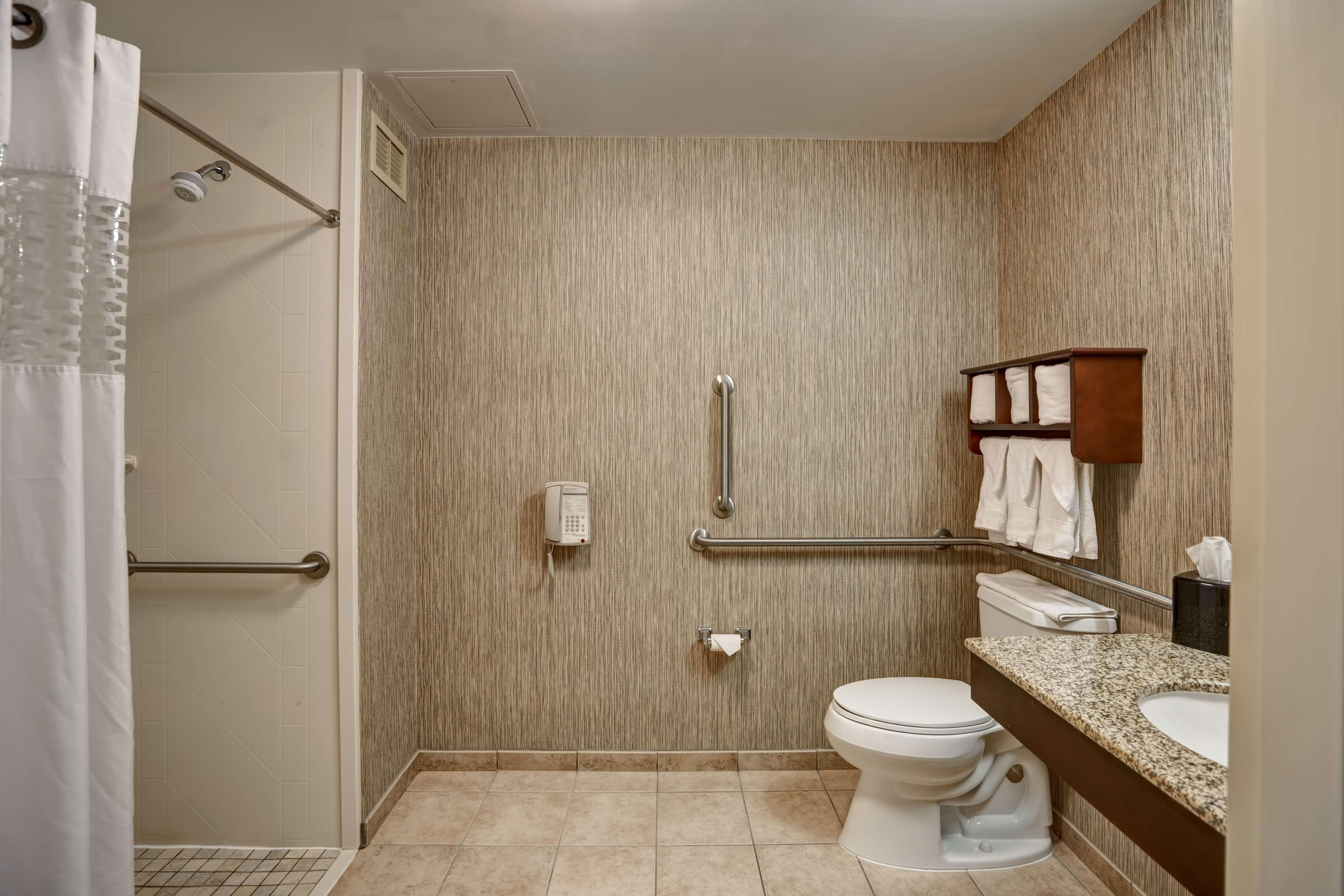 Hampton Inn Scranton At Montage Mountain image 29