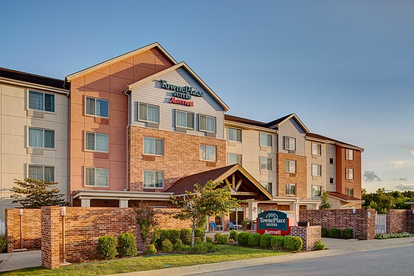 TownePlace Suites by Marriott Fayetteville North/Springdale image 0
