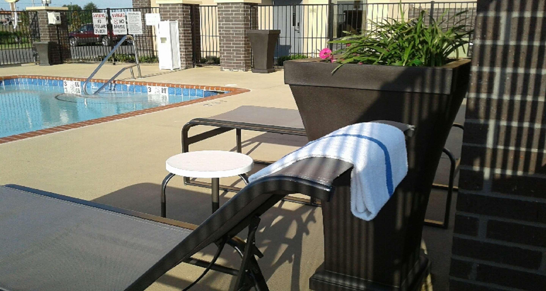 Best Western Plus Jonesboro Inn & Suites image 12