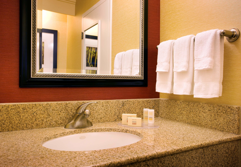 Courtyard By Marriott Huntington Beach Fountain Valley Fountain Valley Ca Business Directory