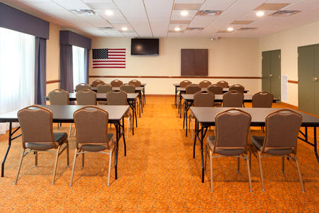 Country Inn & Suites by Radisson, Goodlettsville, TN image 2