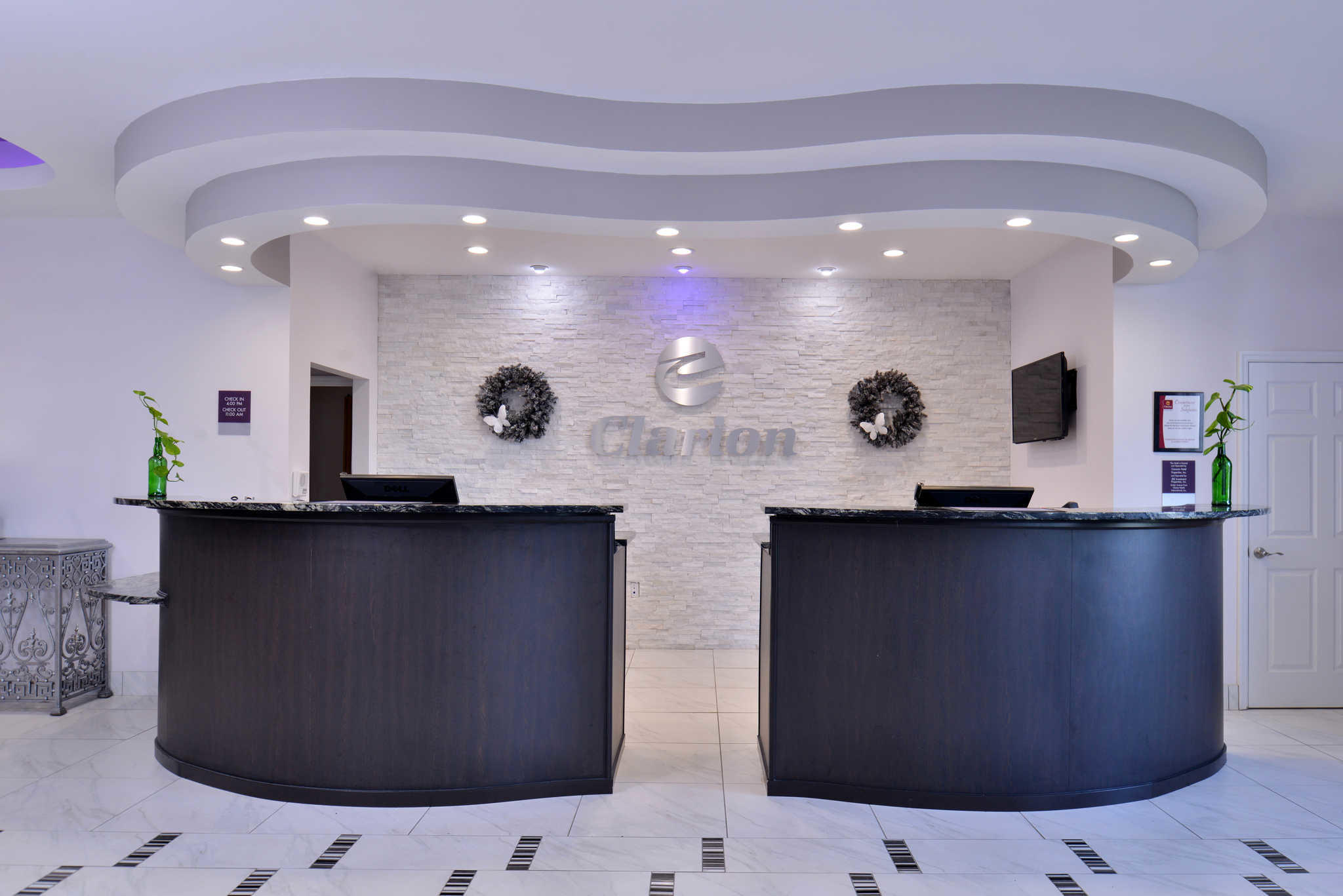 Clarion Inn & Suites Orlando near Theme Parks image 5