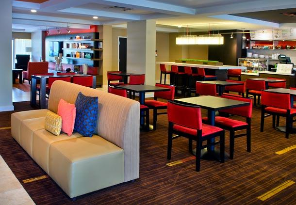 Courtyard by Marriott Allentown Bethlehem/Lehigh Valley Airport image 0