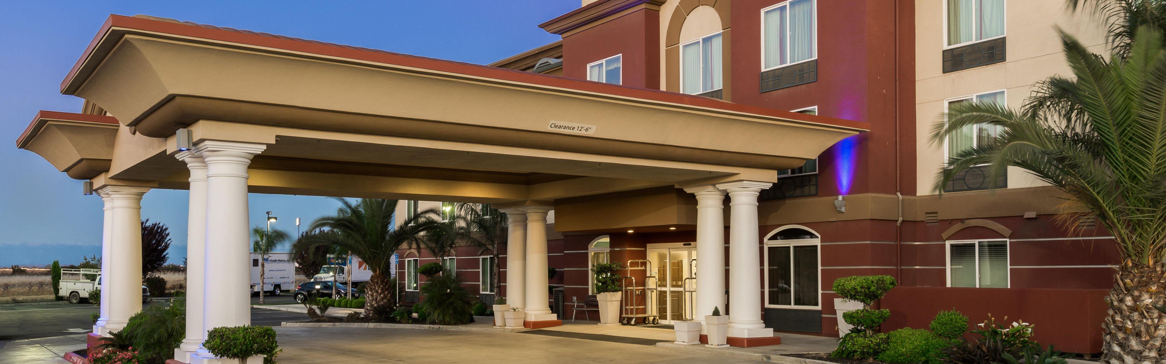 Holiday Inn Express & Suites Chowchilla - Yosemite Pk Area image 0