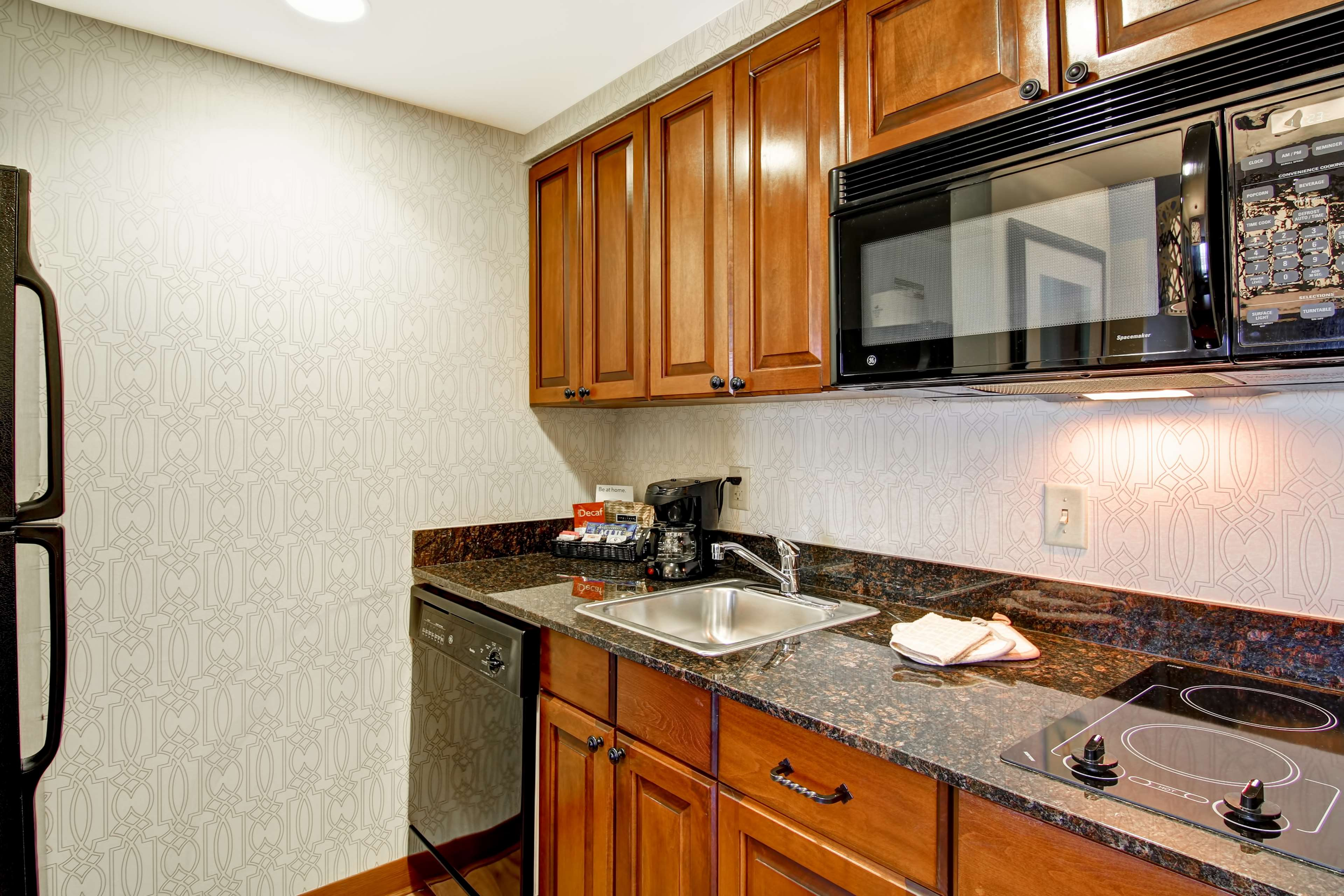 Homewood Suites by Hilton Bentonville-Rogers image 22