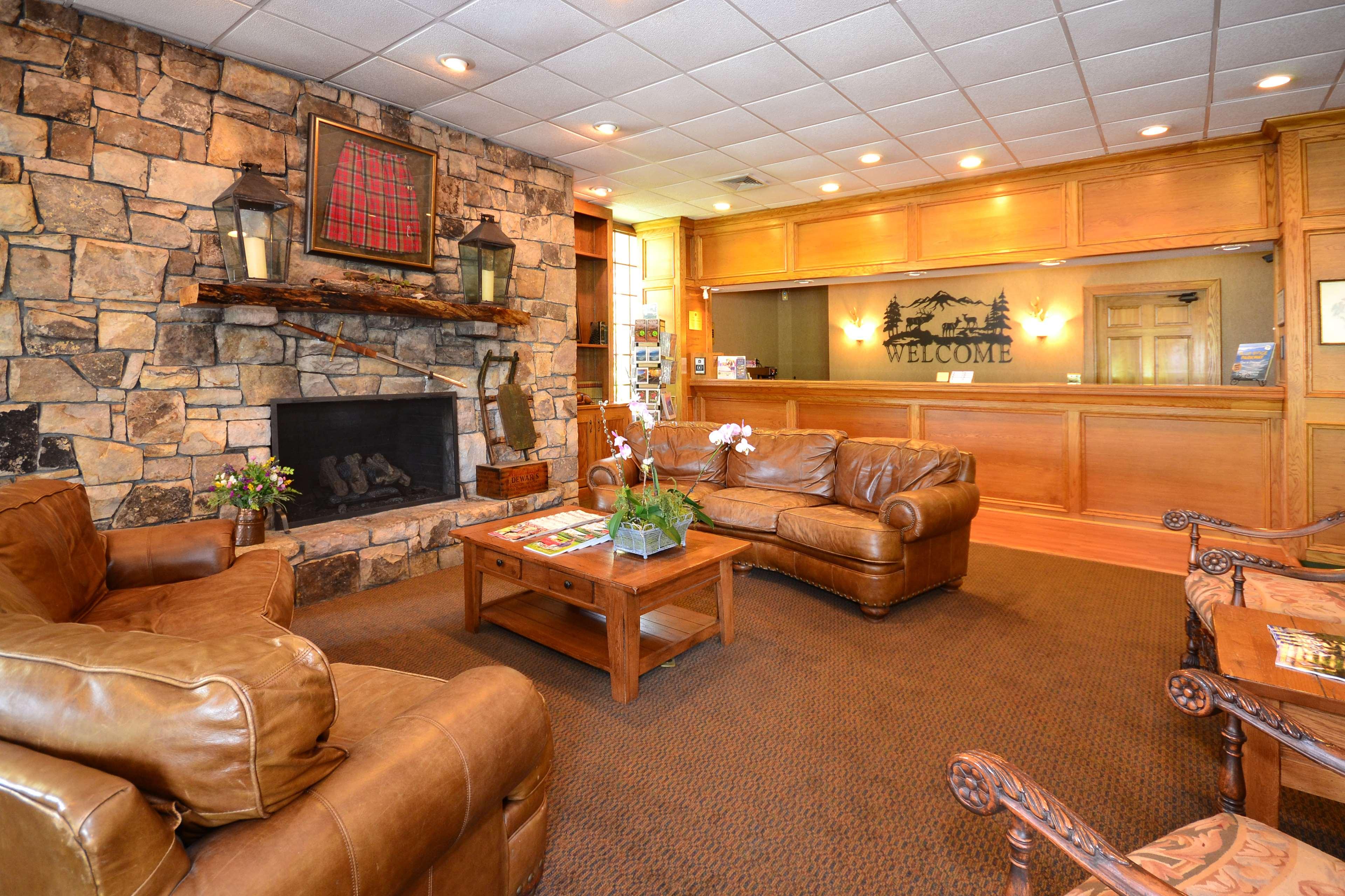 Best Western Mountain Lodge at Banner Elk image 2