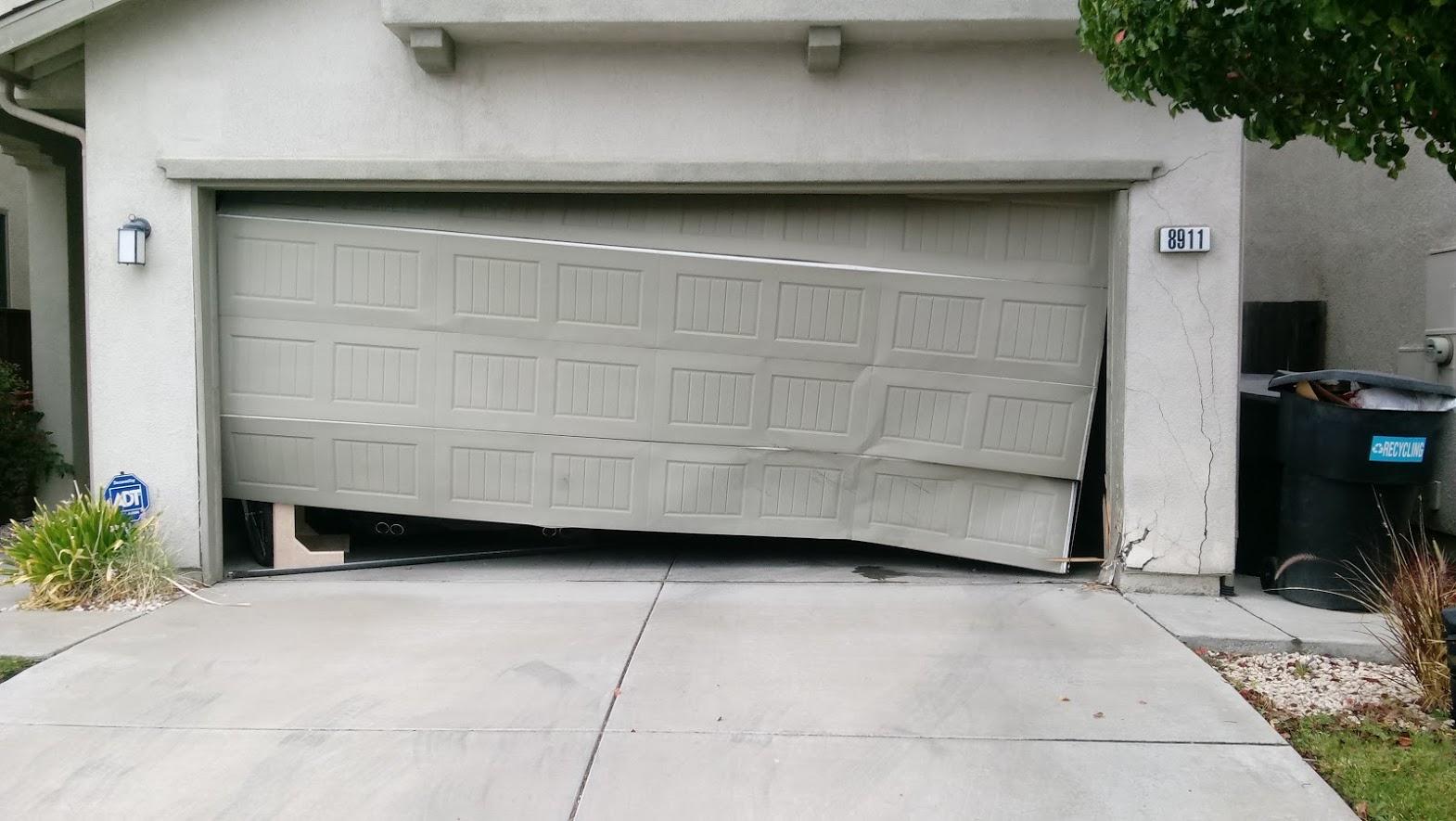 GR8 Garage Door image 54
