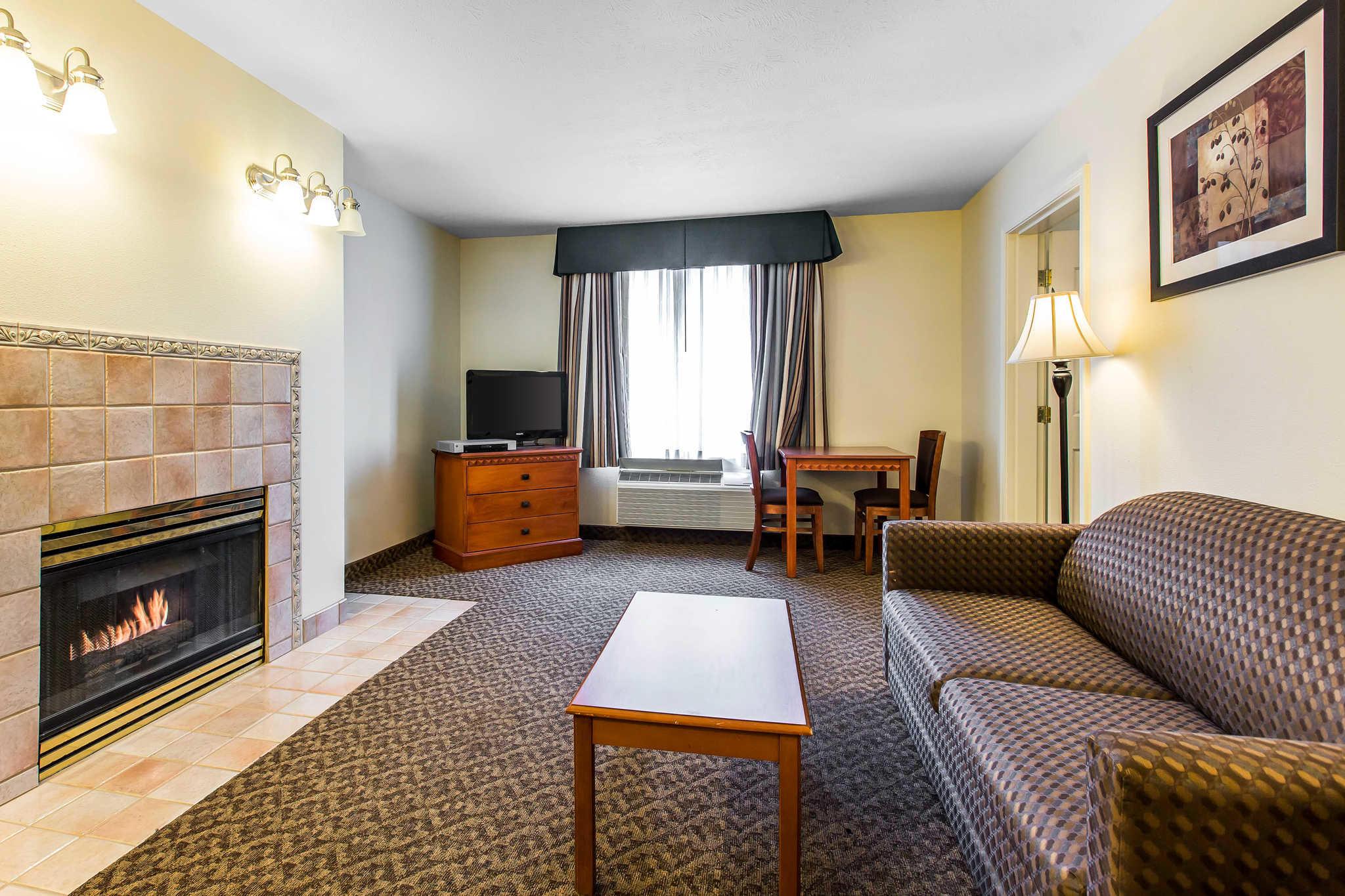Comfort Inn & Suites El Centro I-8 image 18