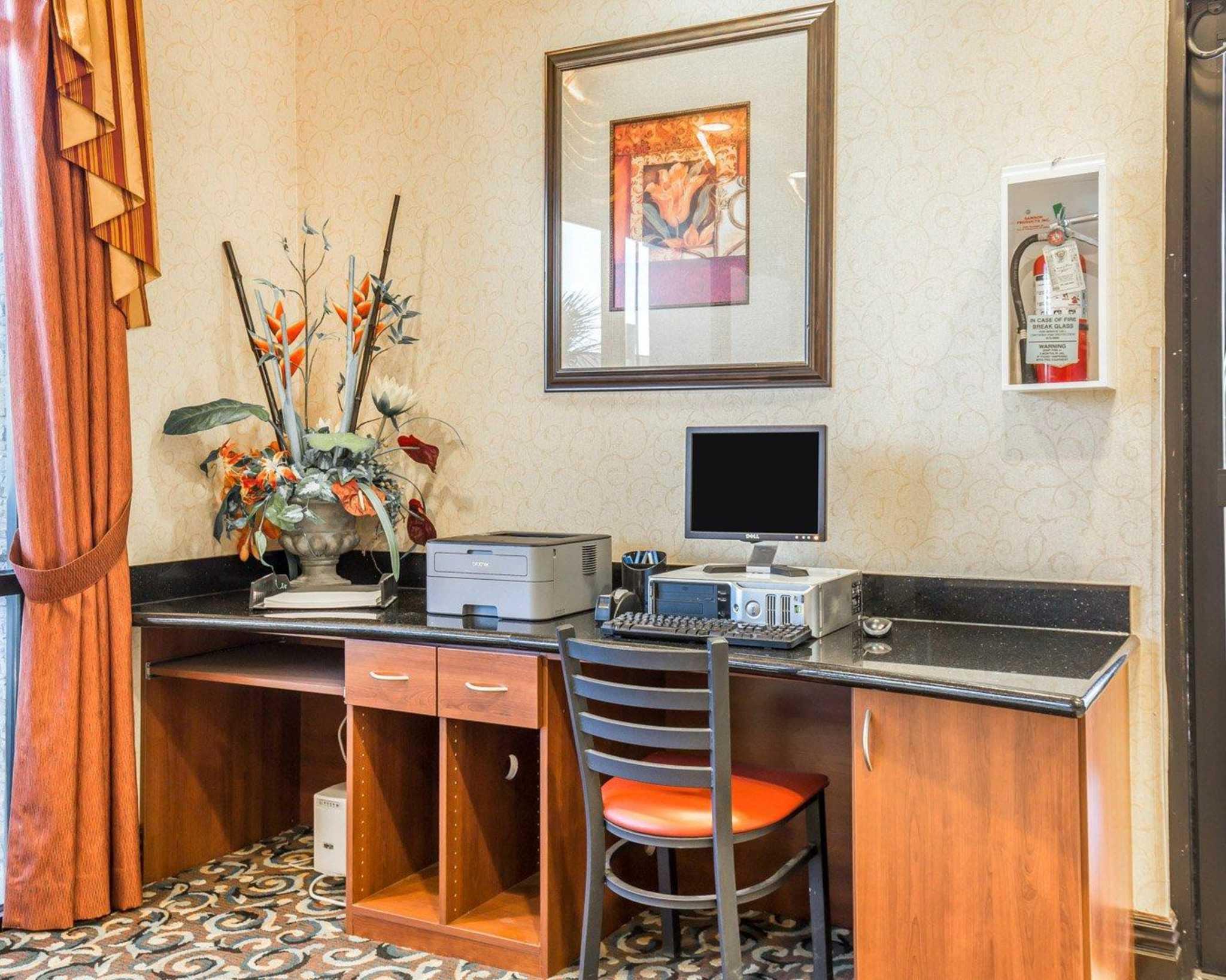 Comfort Inn & Suites Las Vegas - Nellis image 27