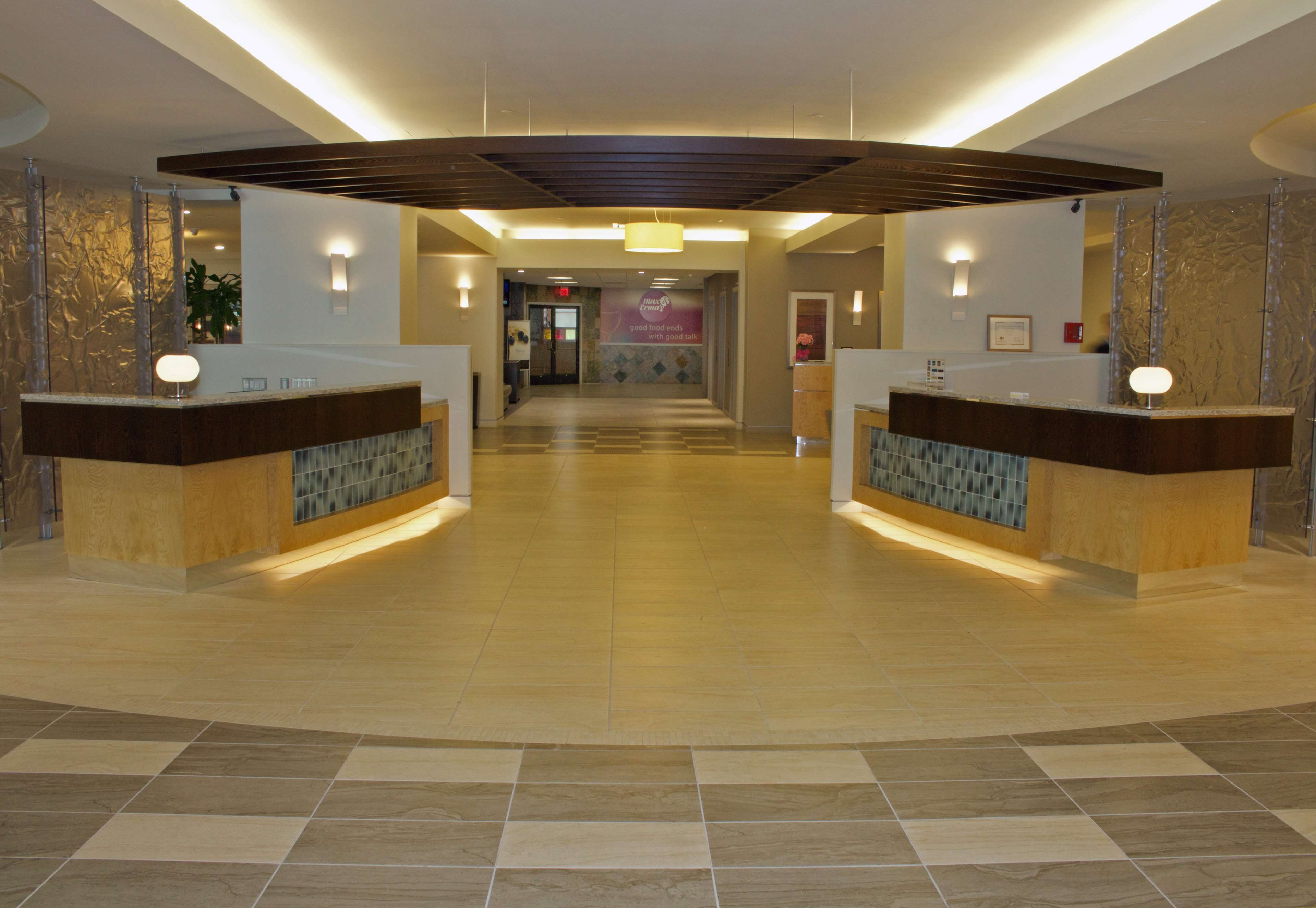 DoubleTree by Hilton Hotel Virginia Beach image 3