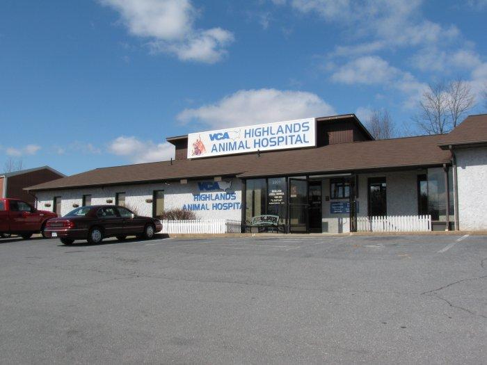 VCA Highlands Animal Hospital image 7