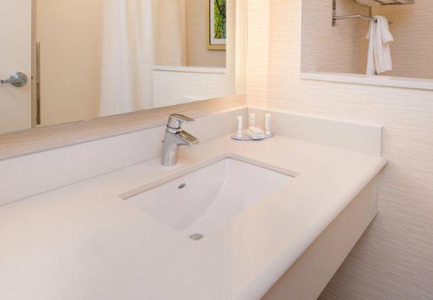 Fairfield Inn & Suites by Marriott Akron Stow image 8