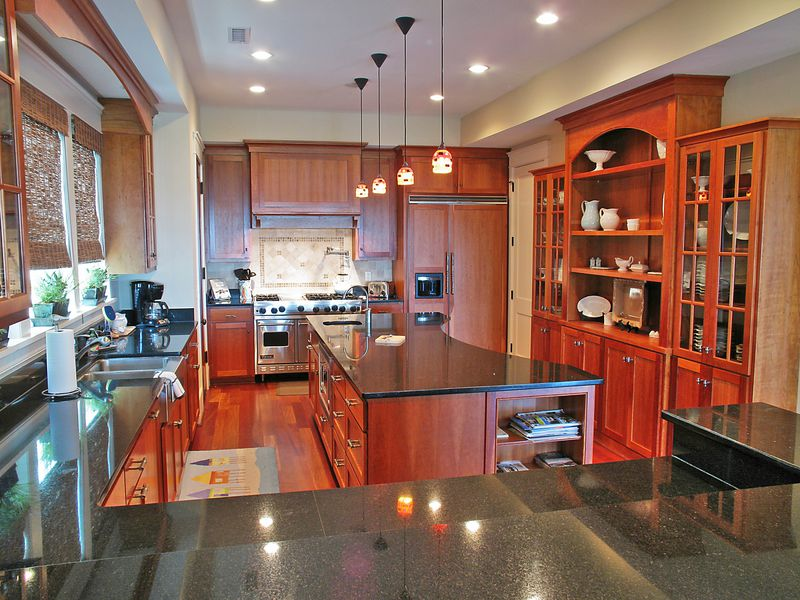 Isle of Palms Vacation Rentals by Exclusive Properties image 3