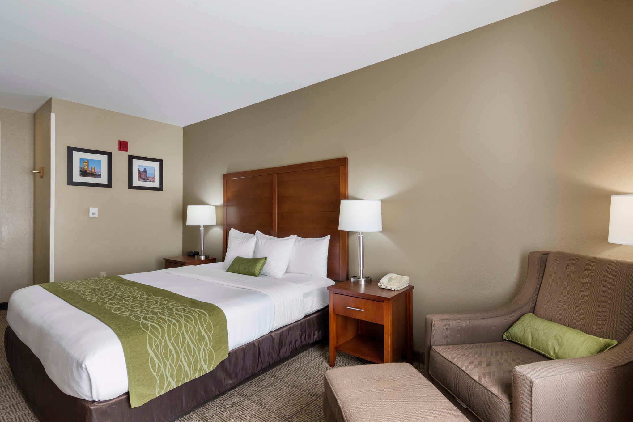 Comfort Inn & Suites Sacramento - University Area image 20