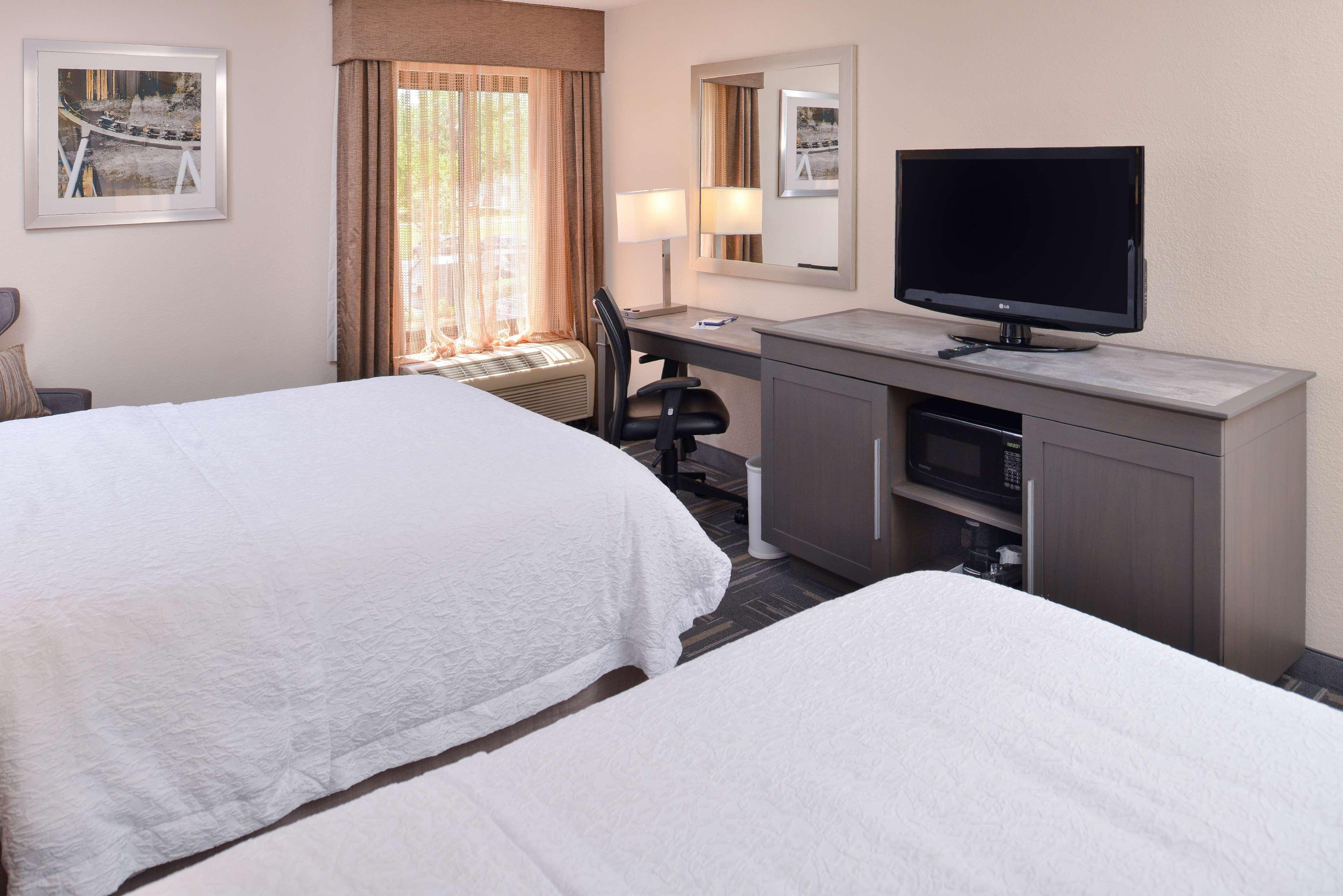 Hampton Inn closest to Universal Orlando image 25