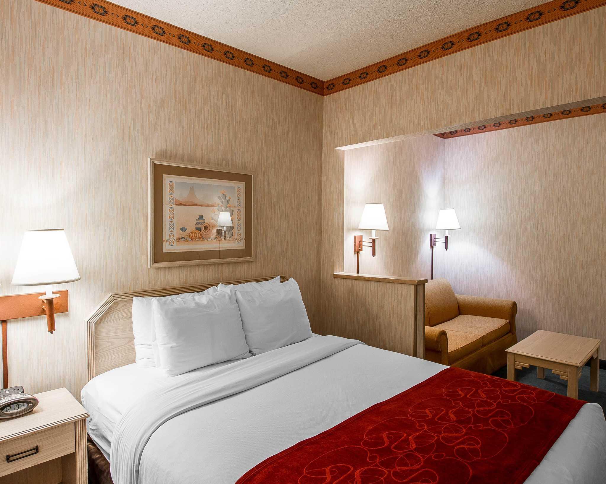 Comfort Suites Peoria Sports Complex image 20