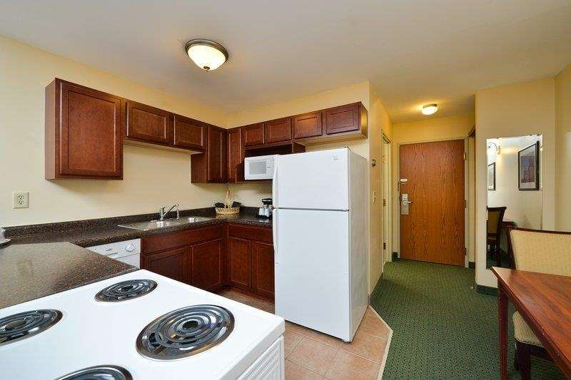 Best Western The Hotel Chequamegon image 36