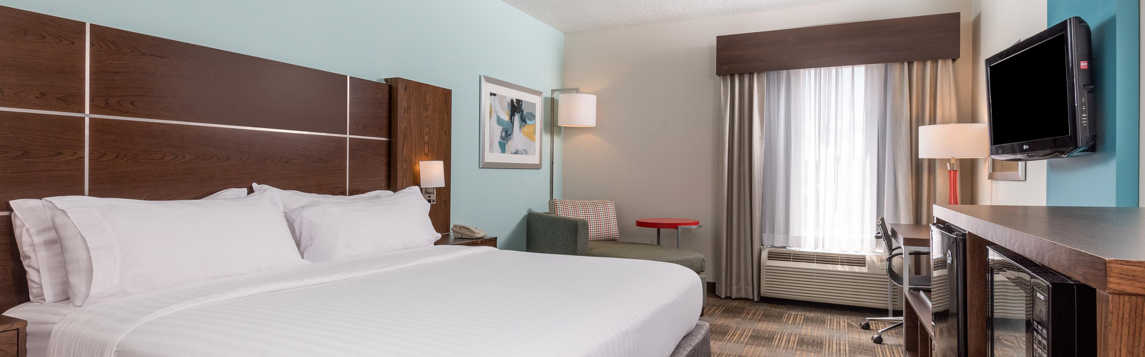 Holiday Inn Express & Suites Grenada image 1