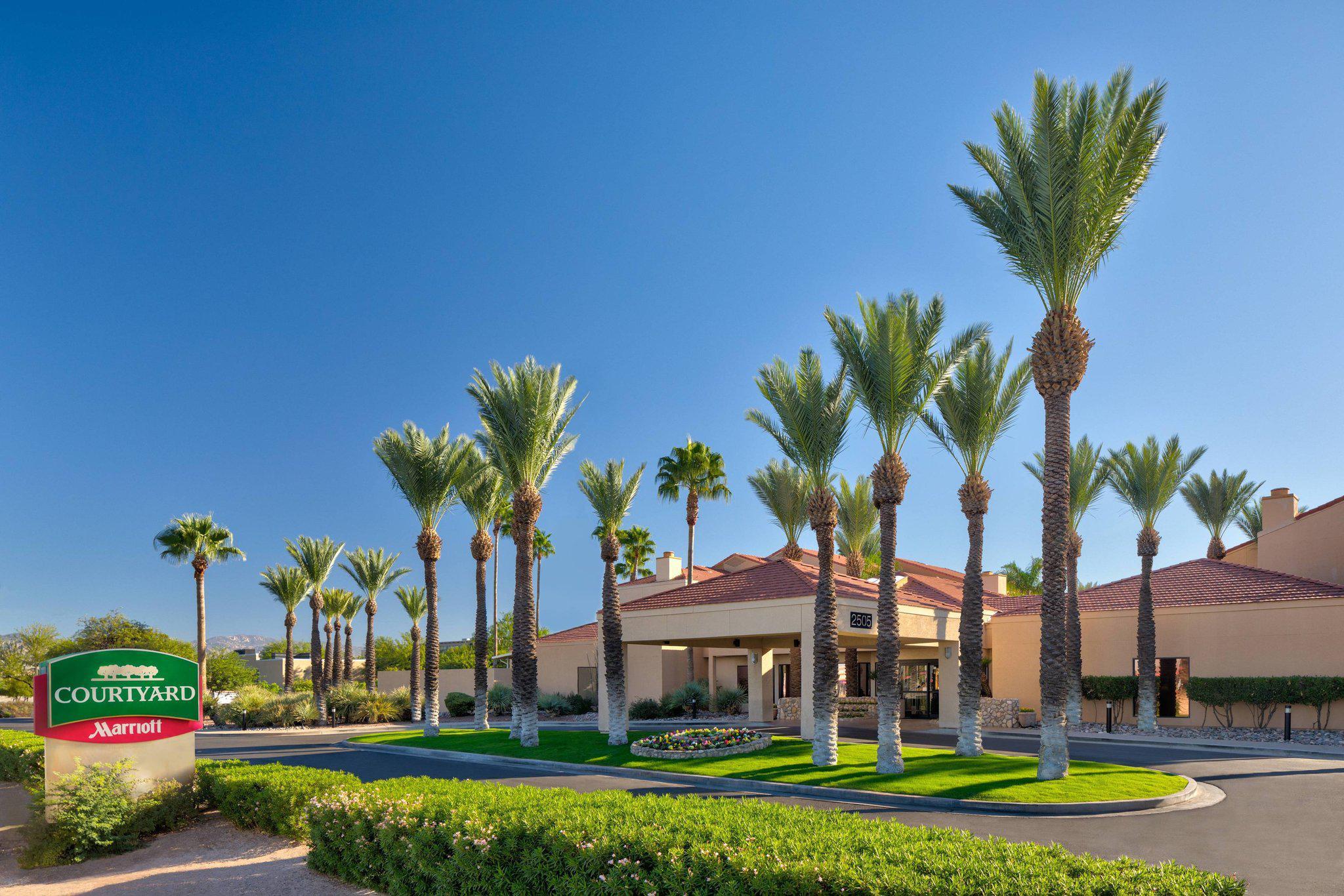 Courtyard by Marriott Tucson Airport
