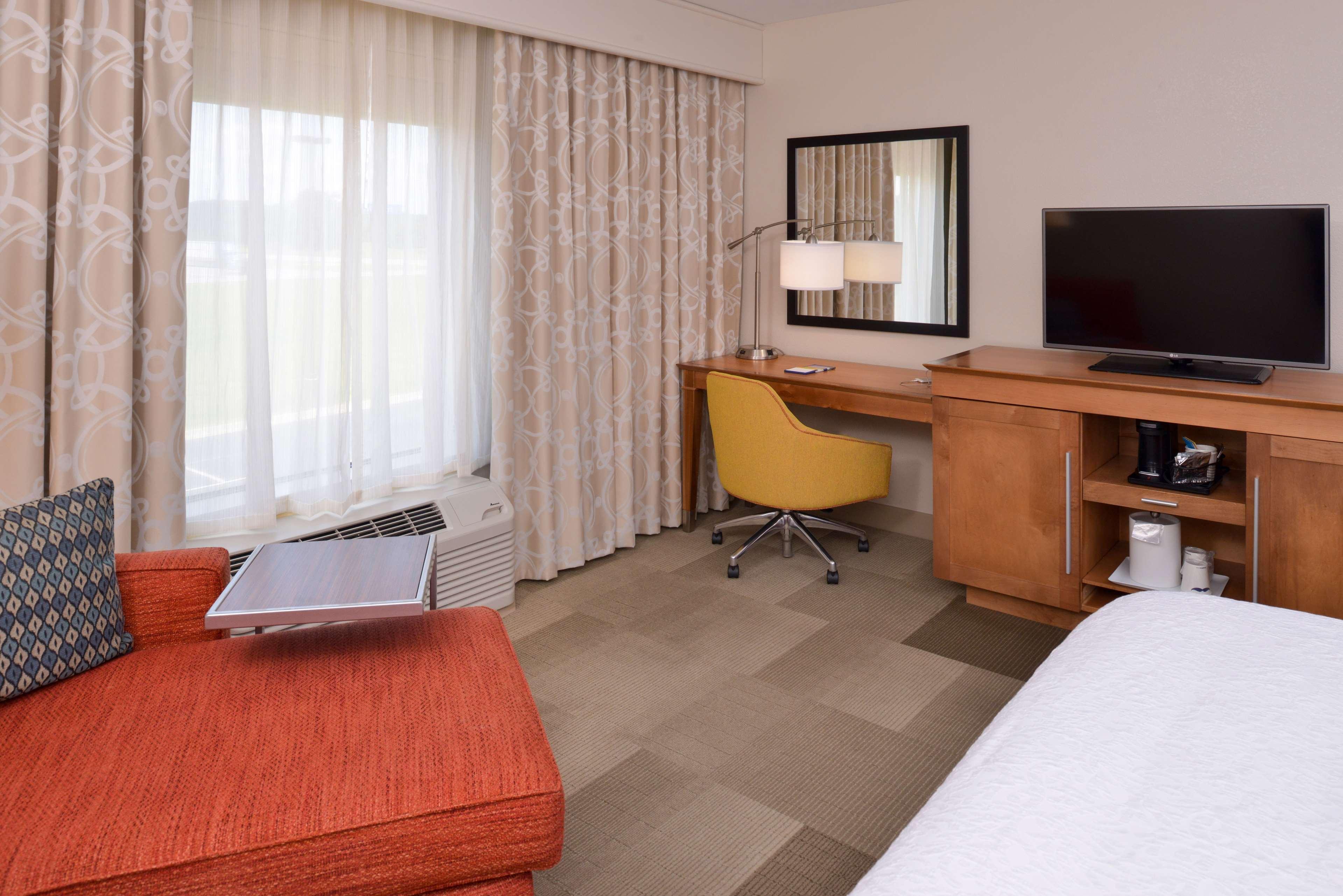Hampton Inn & Suites Lonoke image 36