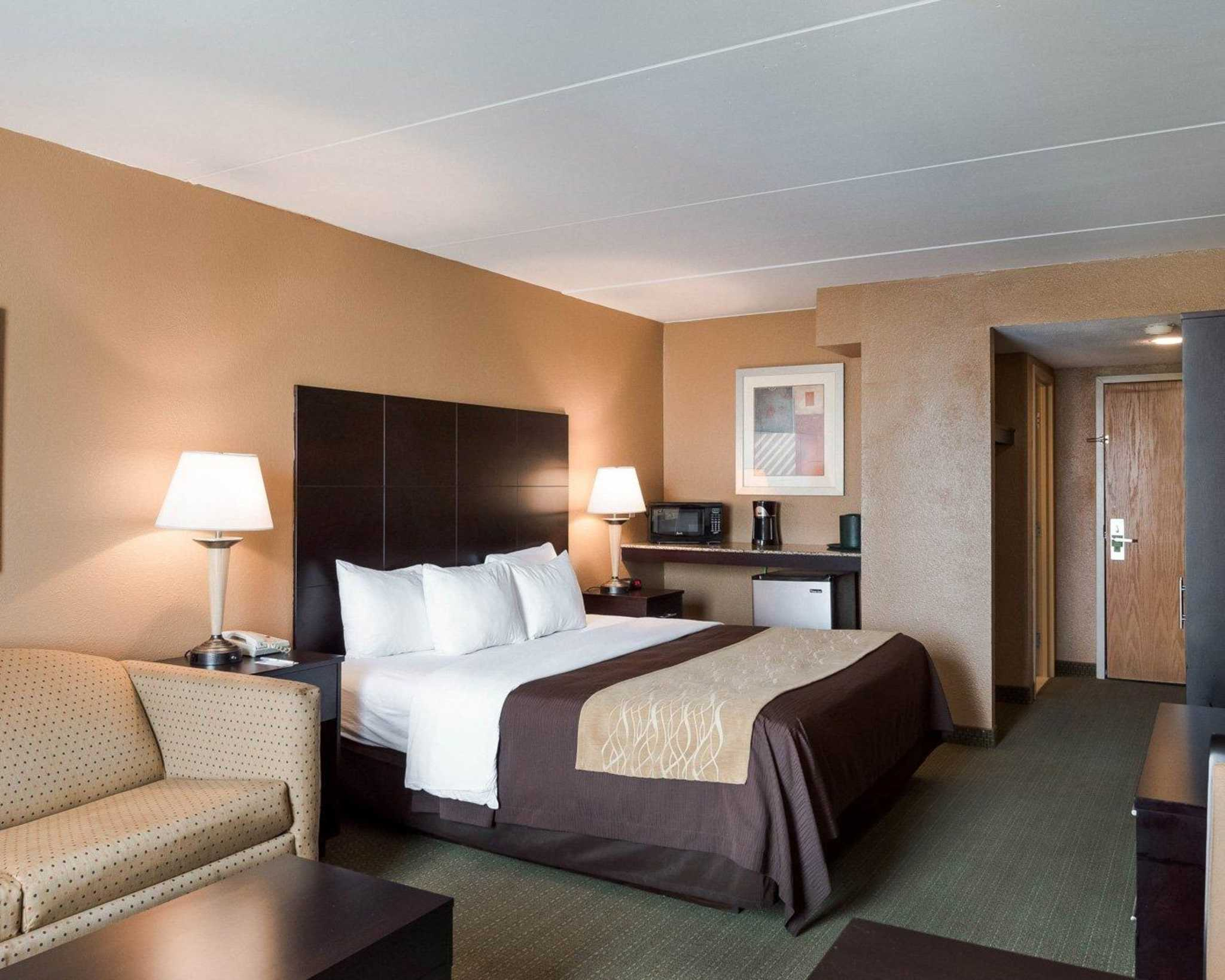 Comfort Inn Gold Coast image 5