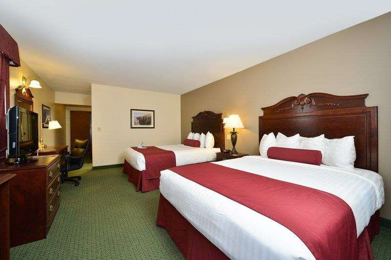 Best Western The Hotel Chequamegon image 31