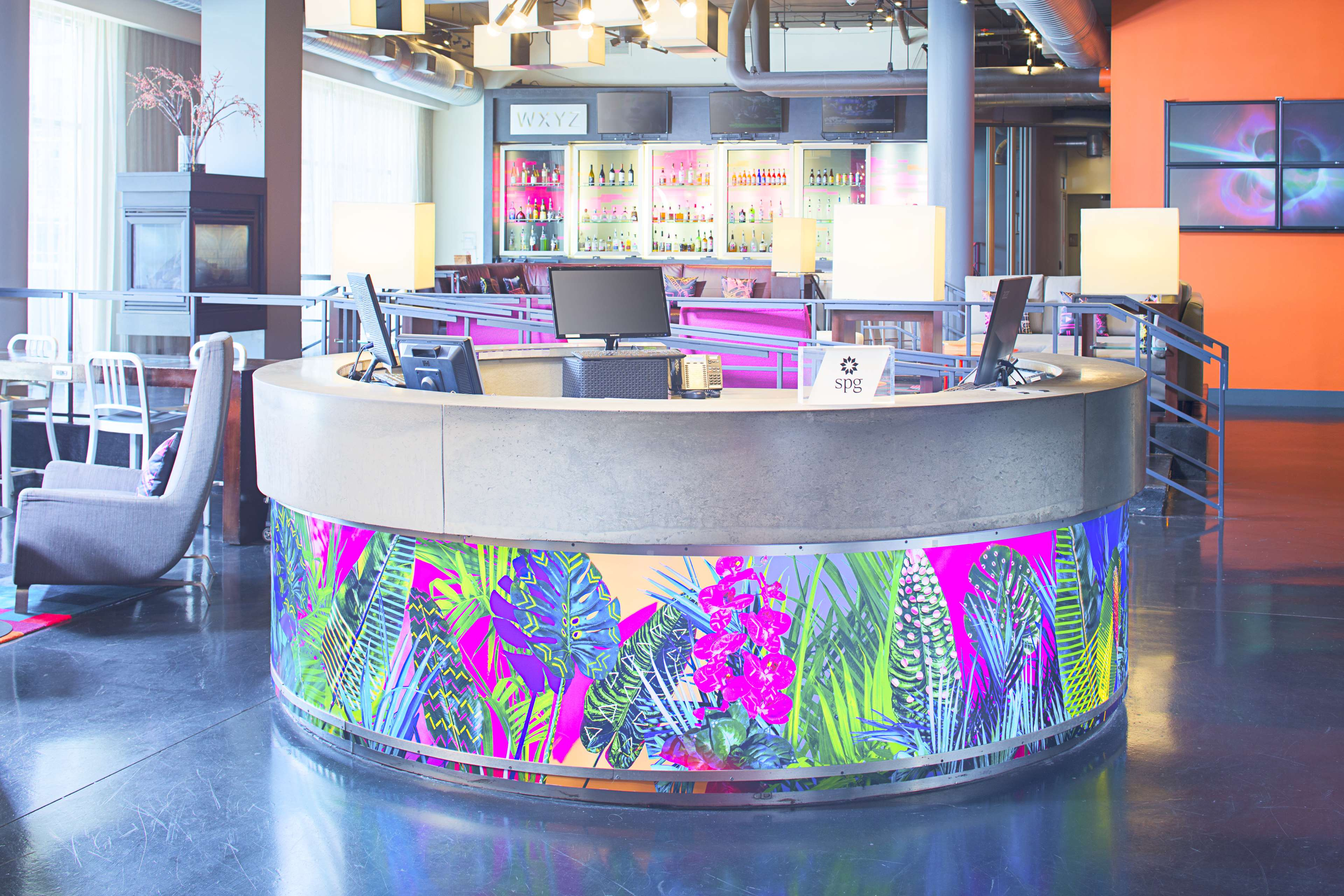 Aloft Charlotte Uptown at the EpiCentre image 3