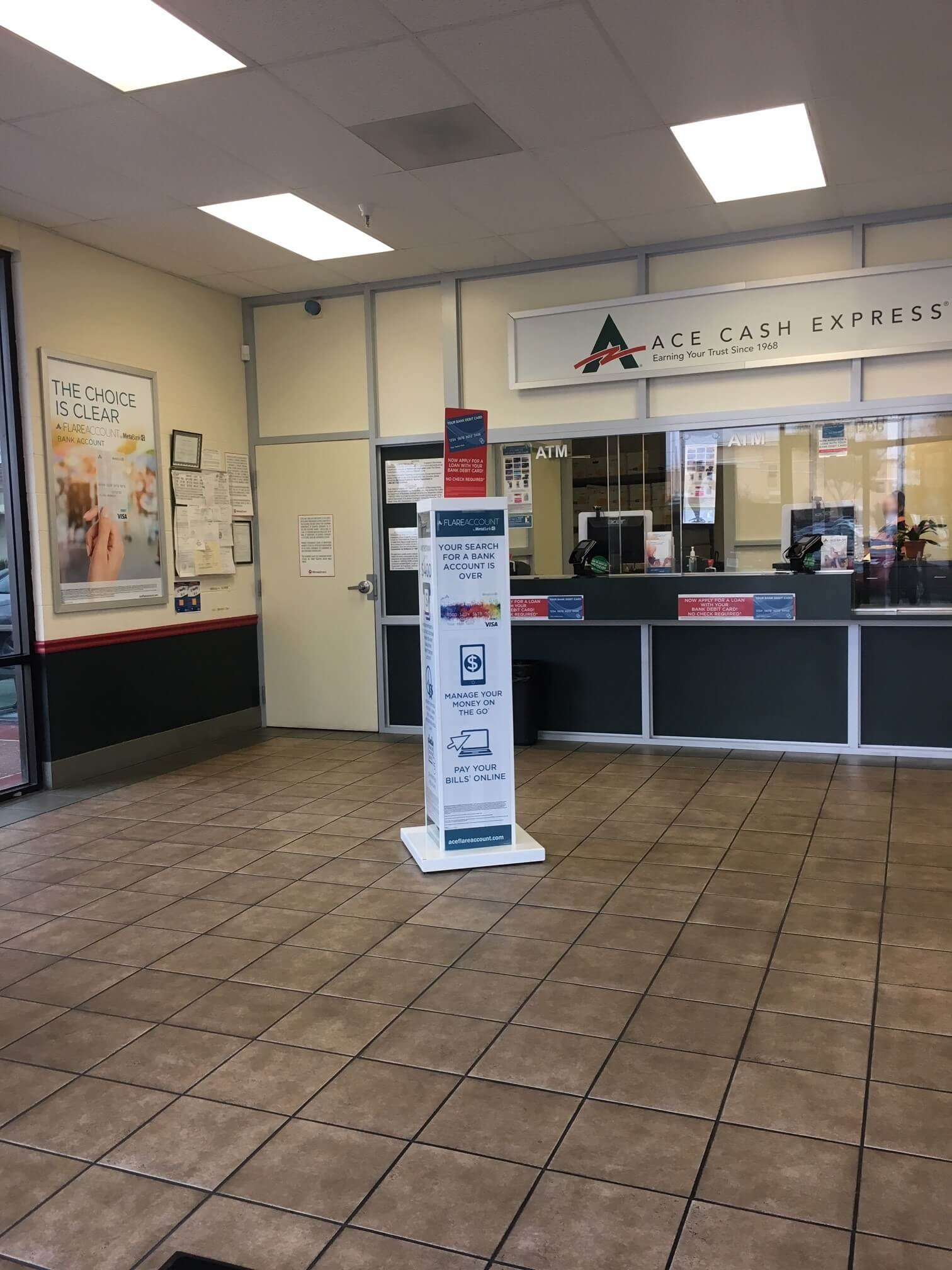 LoanMart Title Loans at ACE Cash Express image 2