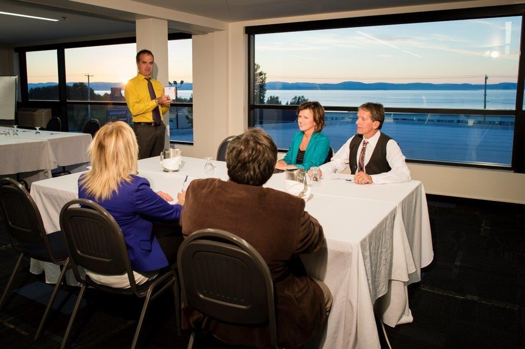 Best Western Plus Hotel Levesque à Riviere-du-Loup: Meeting Room