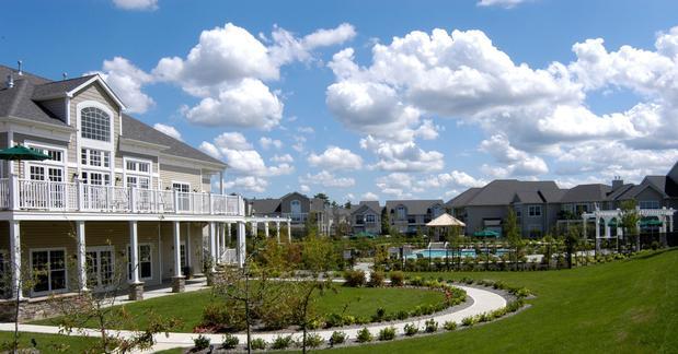 Pine Island Ridge Apartments