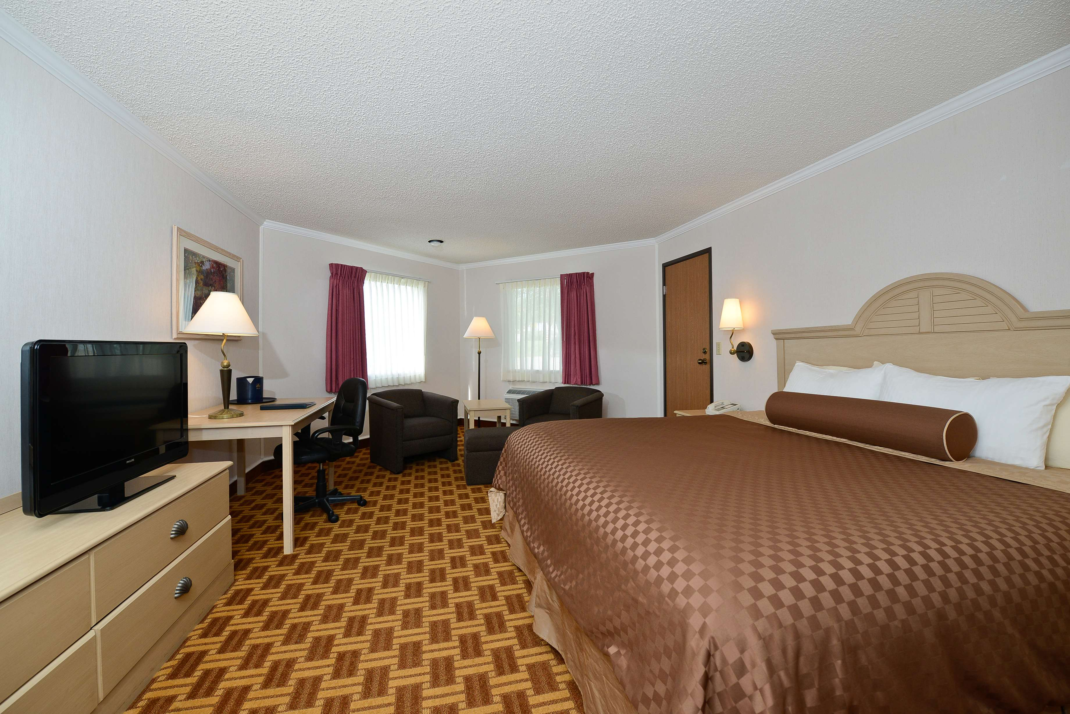 Best Western Harbour Pointe Lakefront image 30