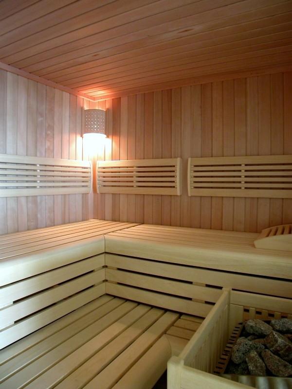 Tischlerei Heinrich Jansenberger - Exklusiv Möbel- und Saunabau