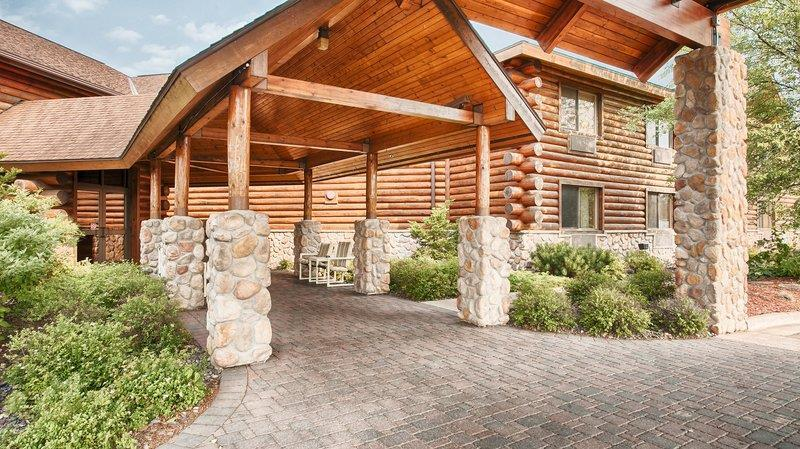 Best Western Northwoods Lodge - ad image