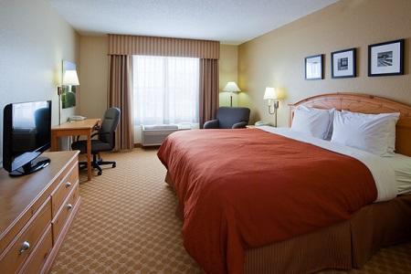 Country Inn & Suites by Radisson, Pella, IA image 3