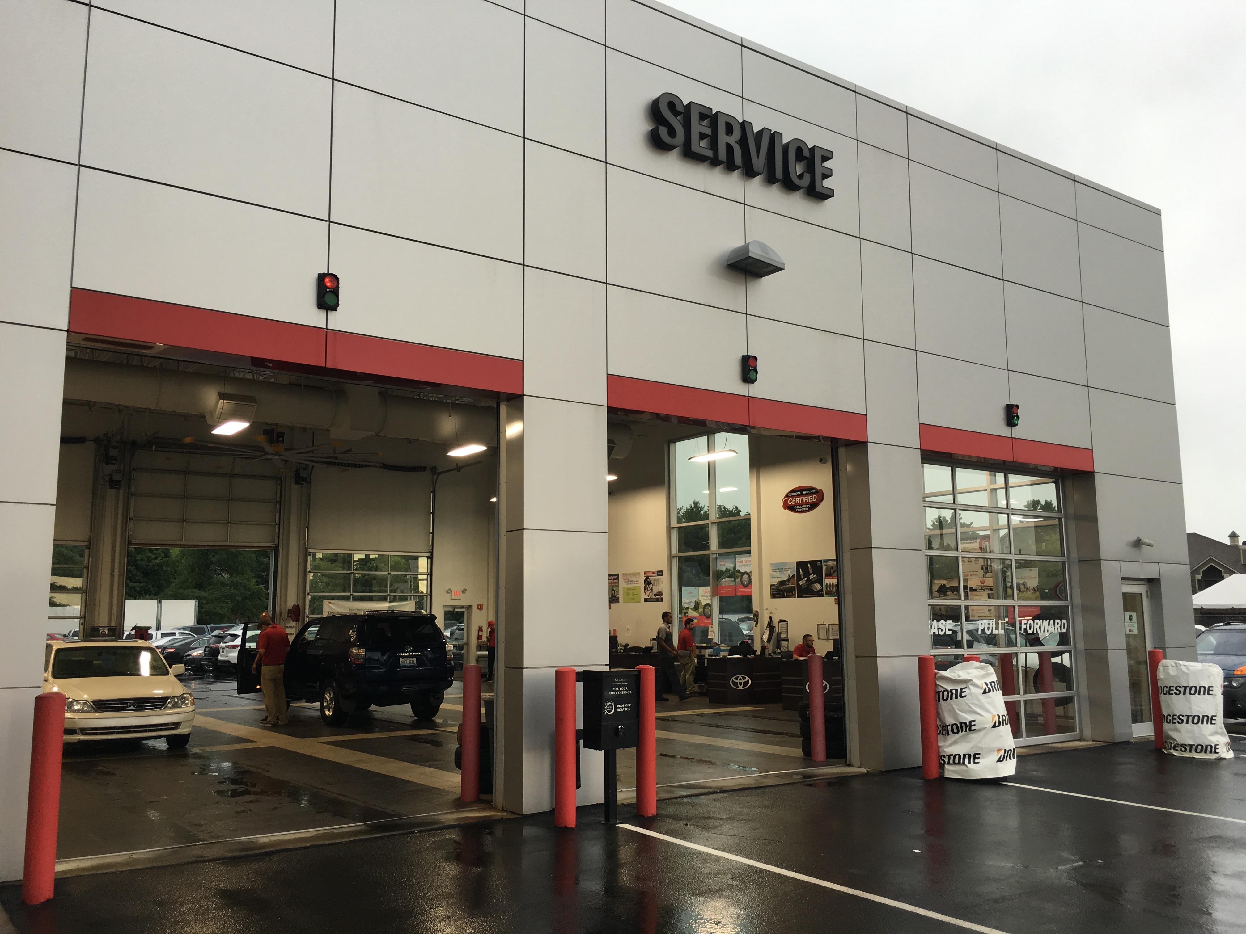 Oxmoor Toyota Service >> Oxmoor Toyota 8003 Shelbyville Rd Louisville Ky Auto Dealers Mapquest
